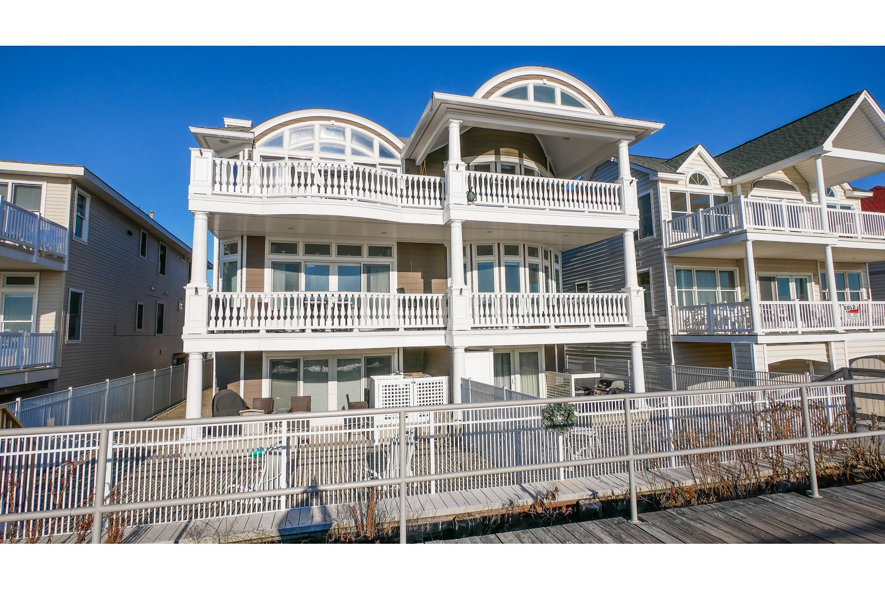 Condominiums para Venda às Ocean Front Condo 1718 Boardwalk, Ocean City, Nova Jersey 08226 Estados Unidos