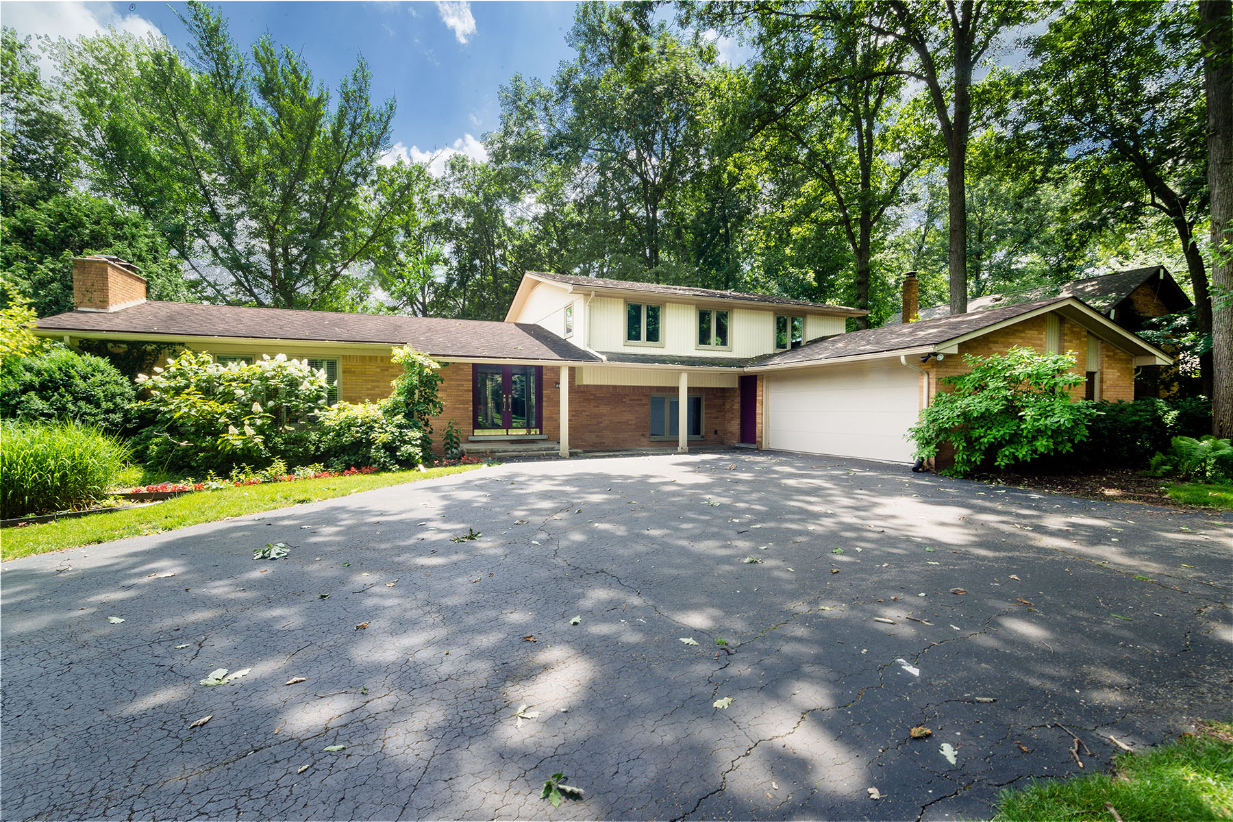 Single Family Homes for Sale at Southfield 20135 N Greenway Street Southfield, Michigan 48076 United States