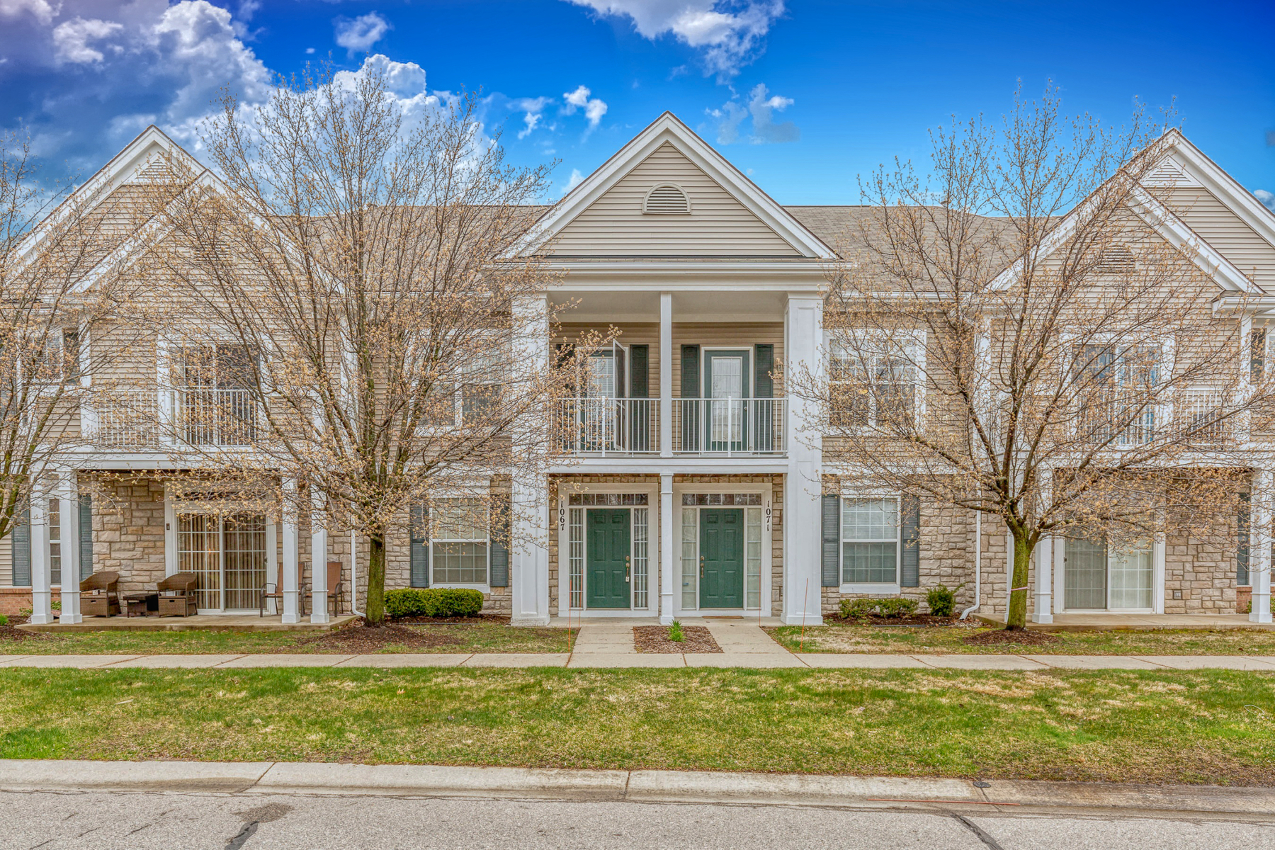 Condominiums for Sale at Troy 1067 Alameda Blvd, Troy, Michigan 48085 United States