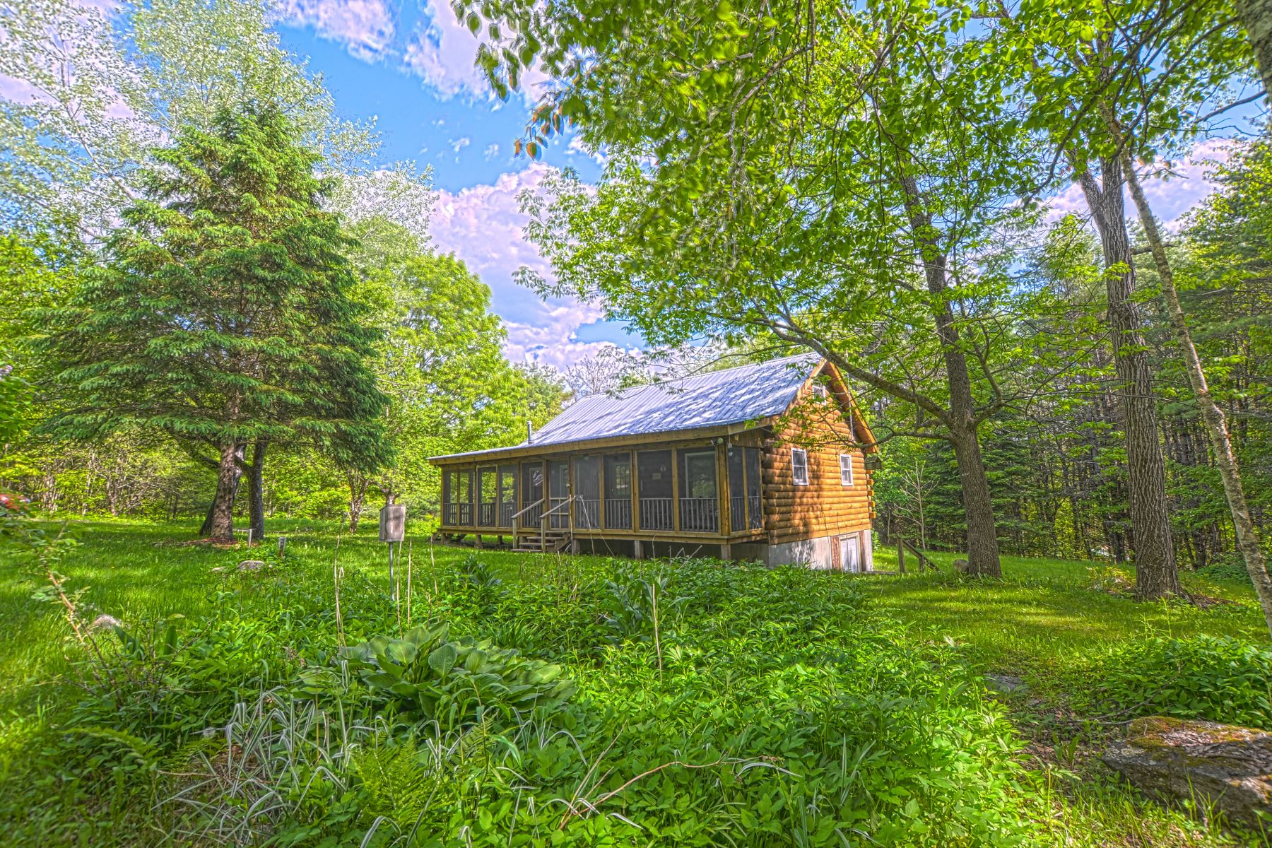single family homes for Sale at Log Cabin in Newbury 1161 Tenney Pond Rd Newbury, Vermont 05051 United States