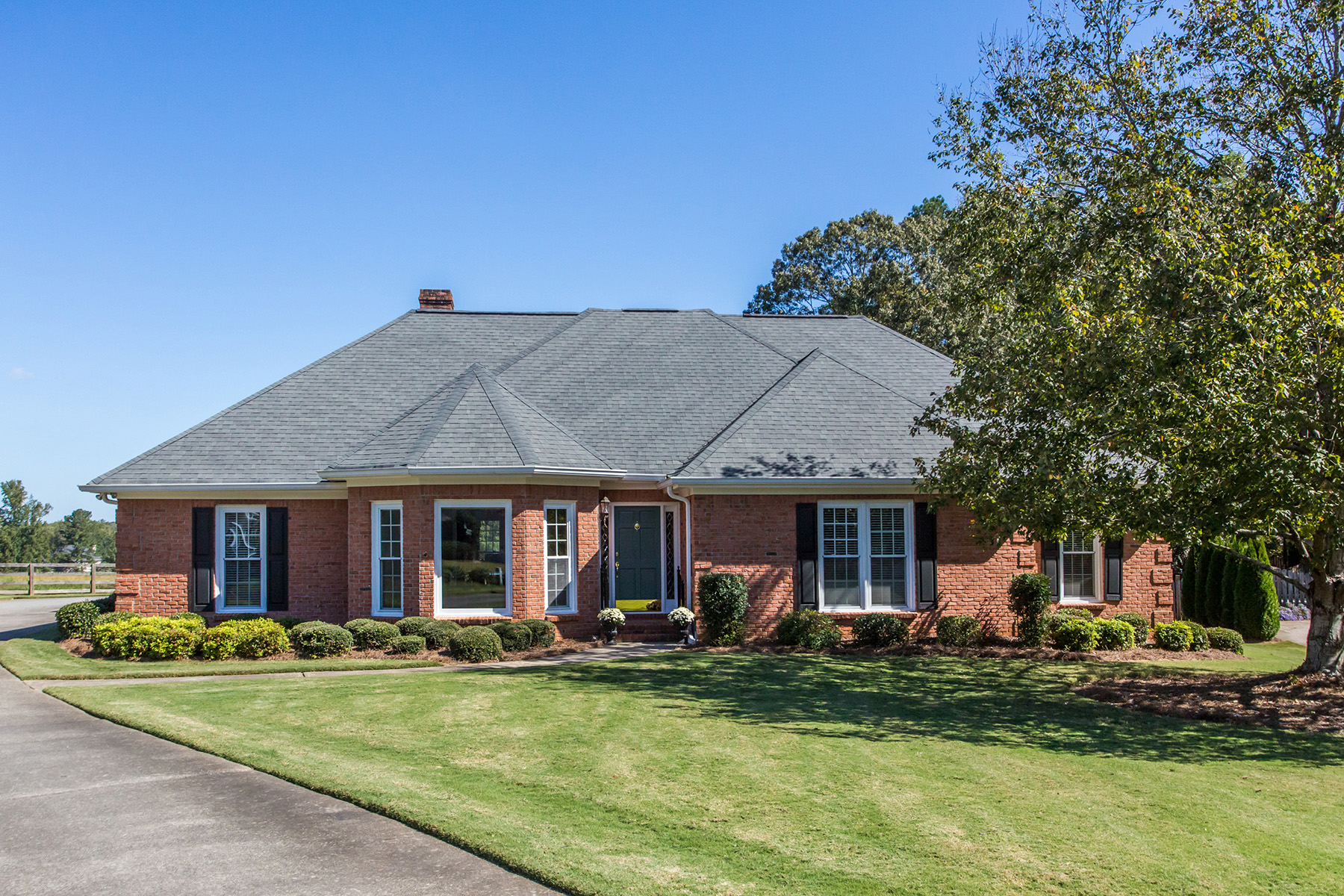 Single Family Home for Sale at Ranch With A Mountain View In Country Club Community 6000 Chukker Court, Cumming, Georgia, 30040 United States