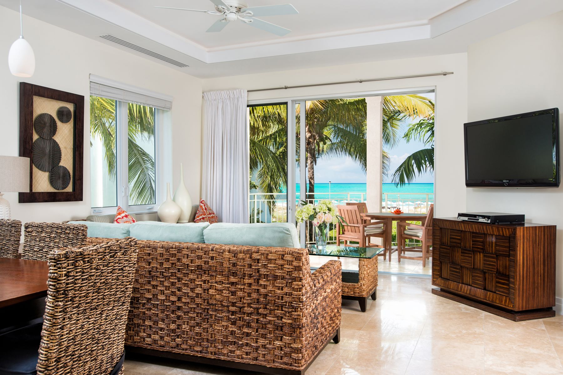 Additional photo for property listing at West Bay Club - Suite 201 West Bay Club, Grace Bay, Провиденсьялес Теркс И Кайкос