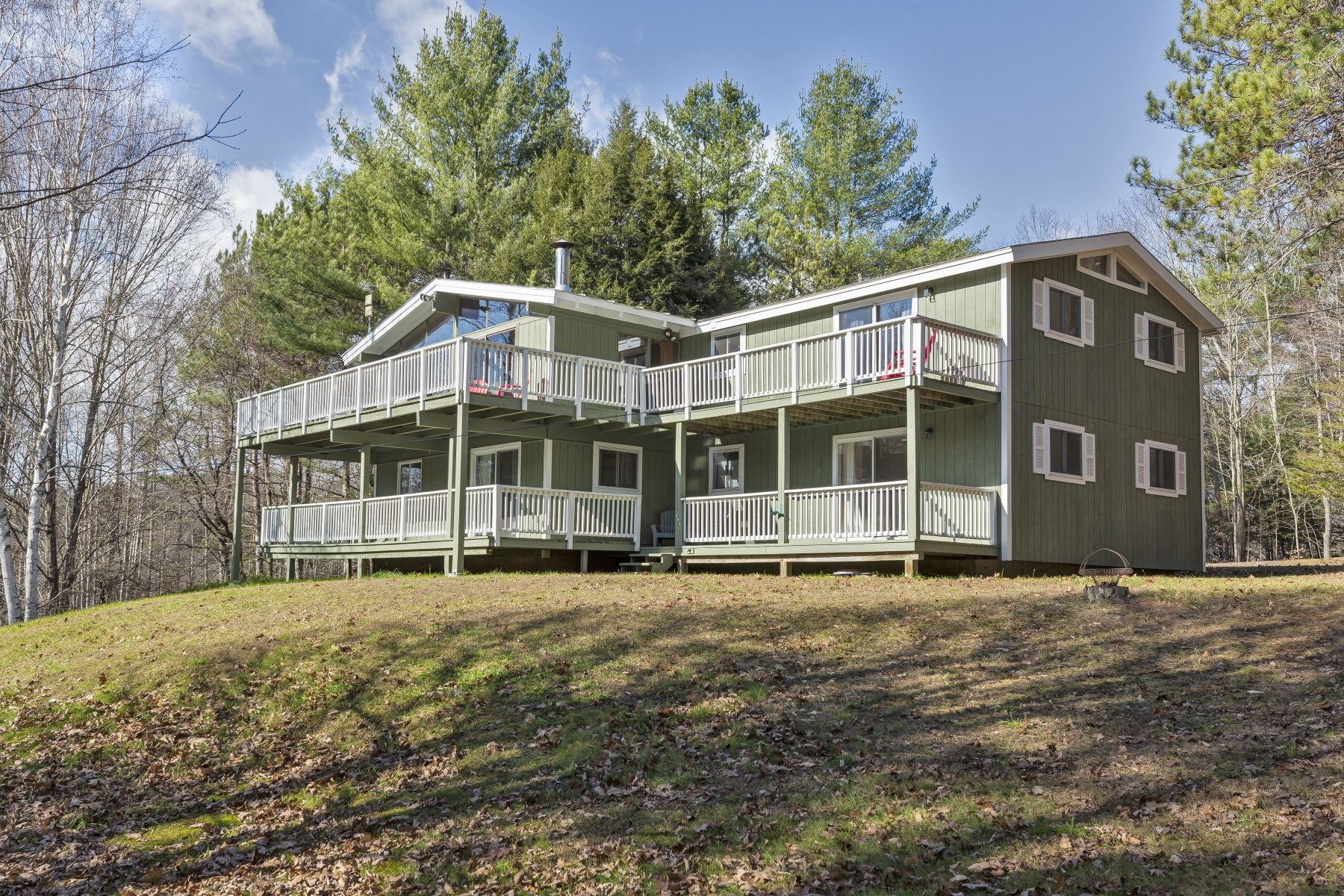 Single Family Homes for Sale at Seven Bedroom Shalet in Brownsville 160 Strawberry Hill Road West Windsor, Vermont 05037 United States
