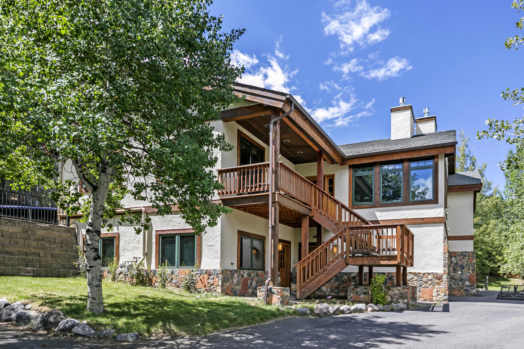 Duplex Homes のために 売買 アット Spectacular Views 436 Eagle Drive #East, Eagle Vail, コロラド 81620 アメリカ