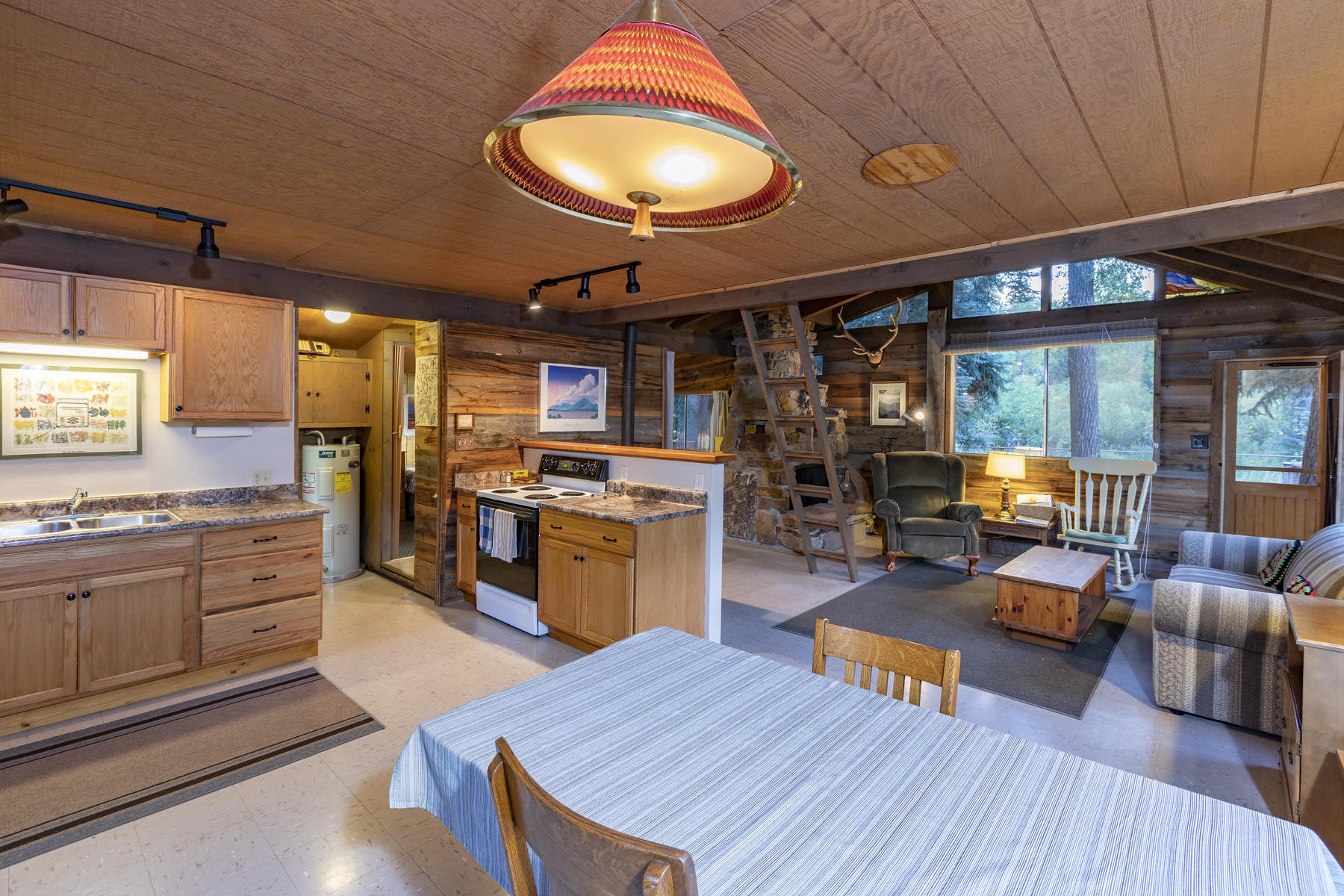 Additional photo for property listing at  Dolores, コロラド 81323 アメリカ