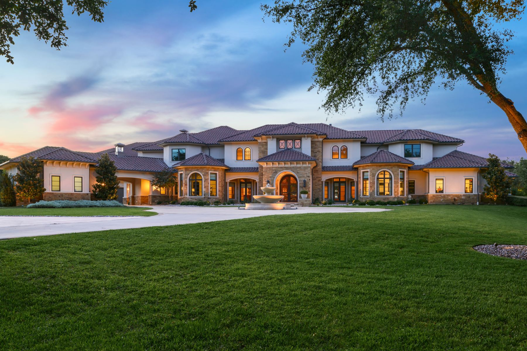 Single Family Homes for Sale at Sophisticated Estate Home on 4.7 Acres in Carroll ISD 940 W. Dove Road Southlake, Texas 76092 United States