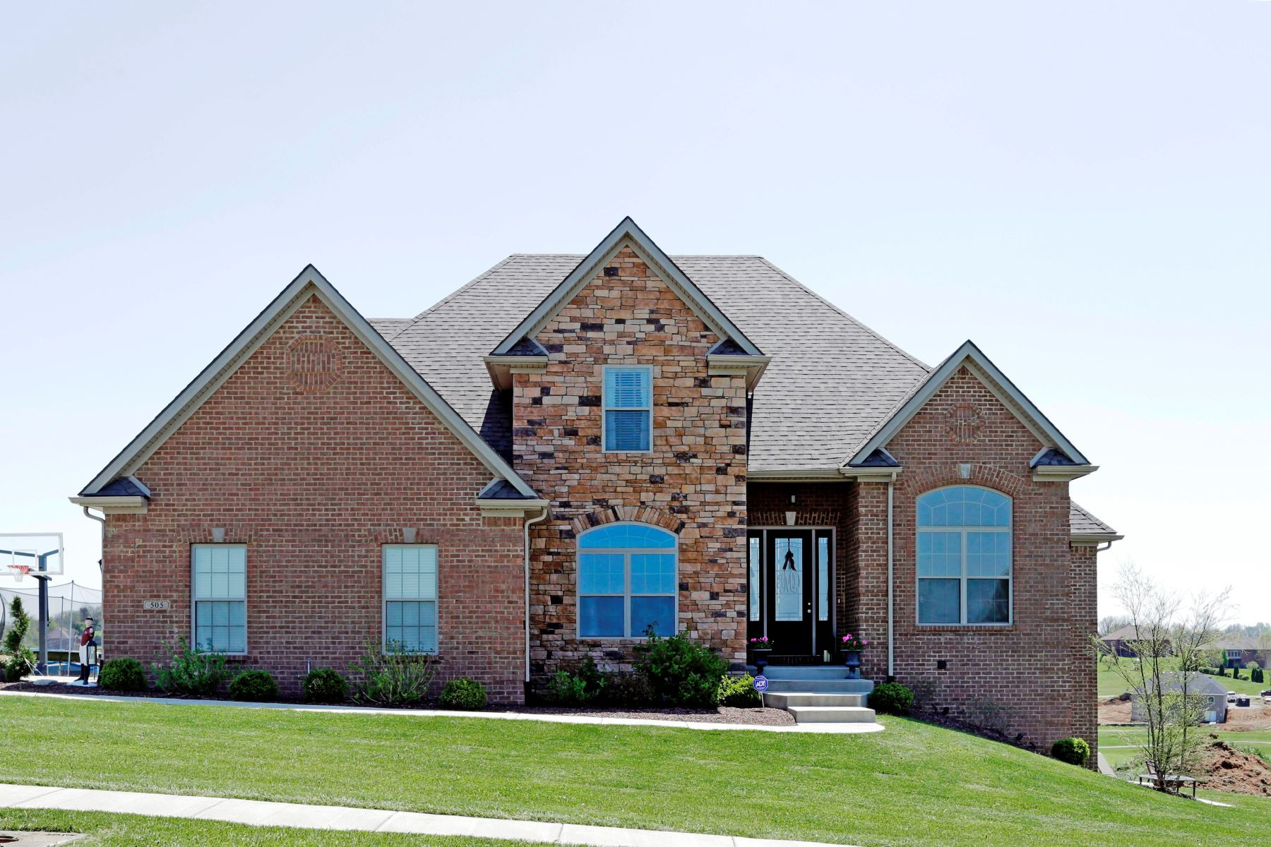 Single Family Home for Sale at 505 Spyglass Hill Drive 505 Spyglass Hill Drive Richmond, Kentucky 40475 United States