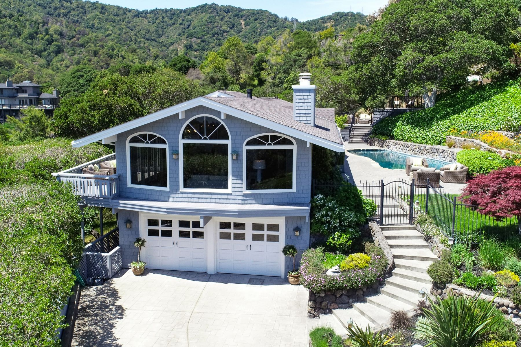 Single Family Homes for Sale at Privacy and Grand Outdoor Living! 75 Lockwood Dr San Rafael, California 94901 United States