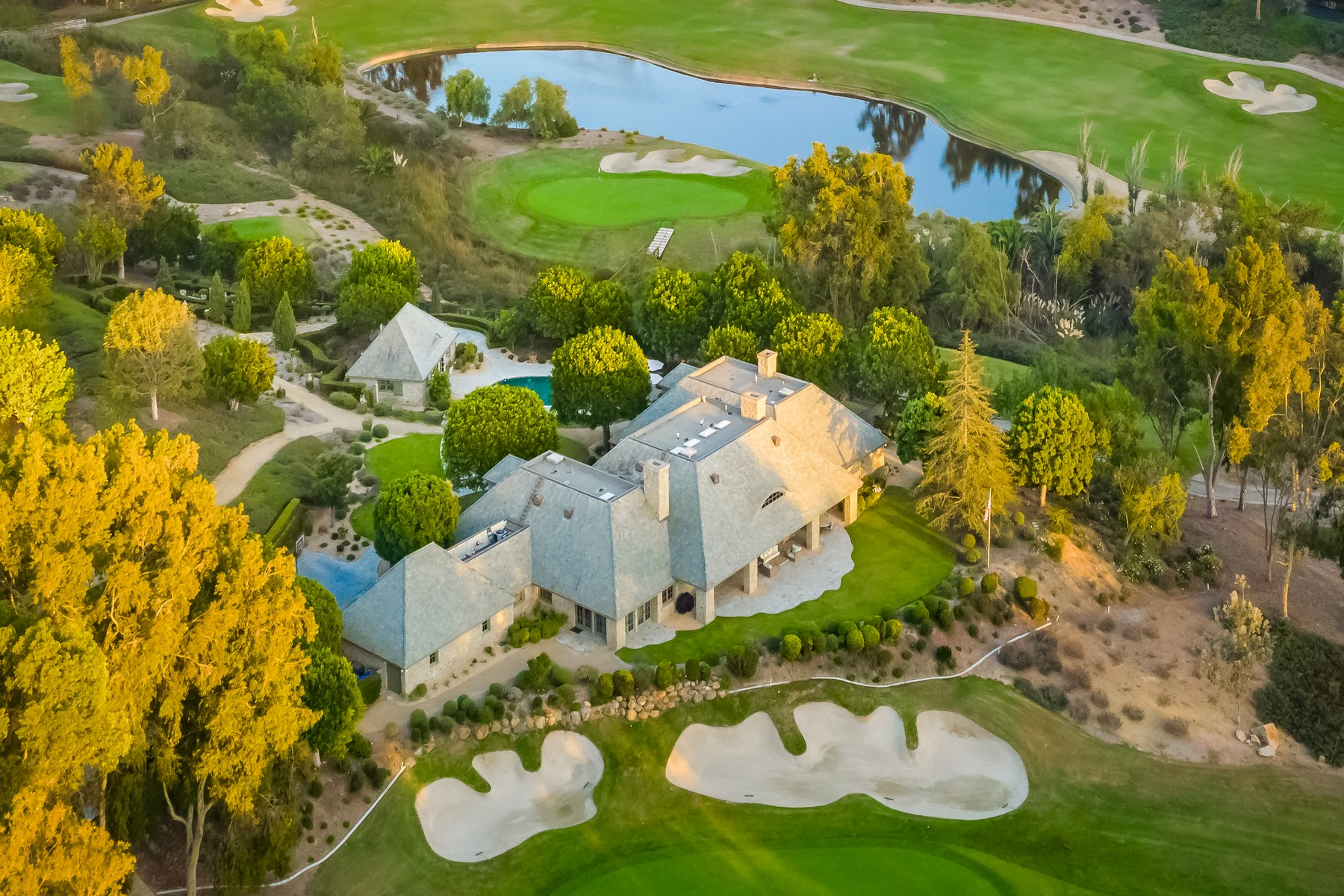 Single Family Home for Active at 14497 Emerald Lane 14497 Emerald Lane Rancho Santa Fe, California 92067 United States