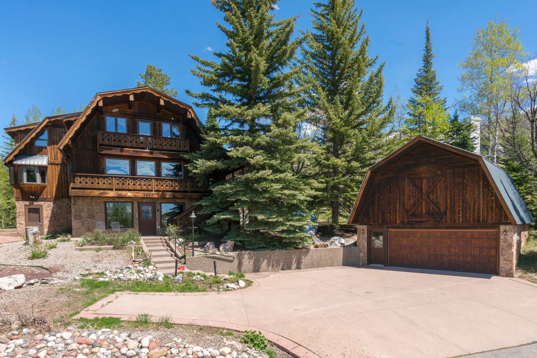 Single Family Home for Sale at Burgess Creek Ski Chalet 2894 Burgess Creek Road Steamboat Springs, Colorado 80487 United States