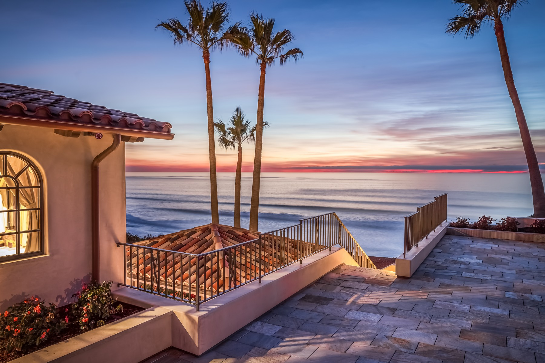 Single Family Home for Sale at 100 Stratford Del Mar, California, 92014 United States