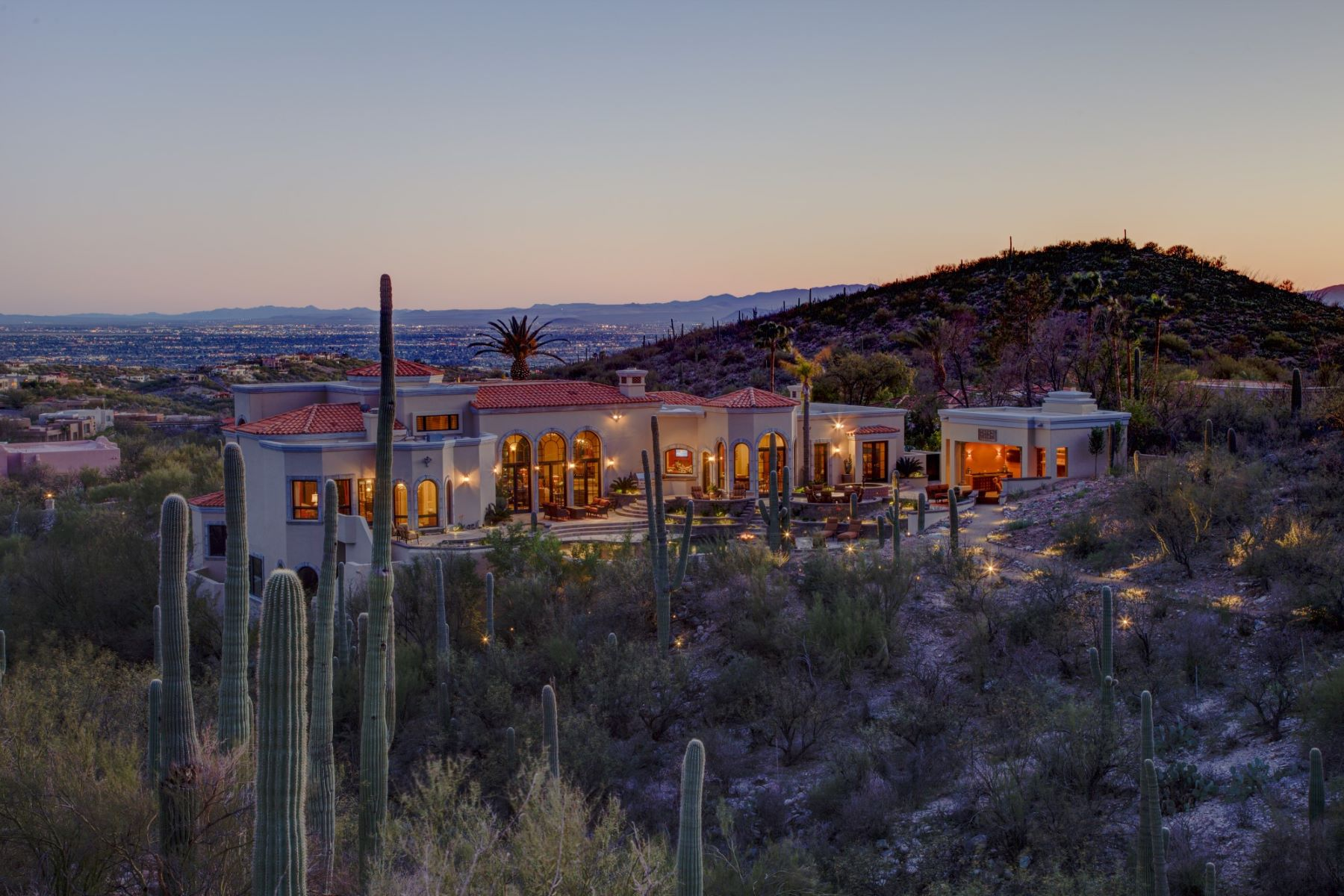 Single Family Homes for Sale at One Of The Finest Homes In Tucson 5831 E Finisterra Tucson, Arizona 85750 United States