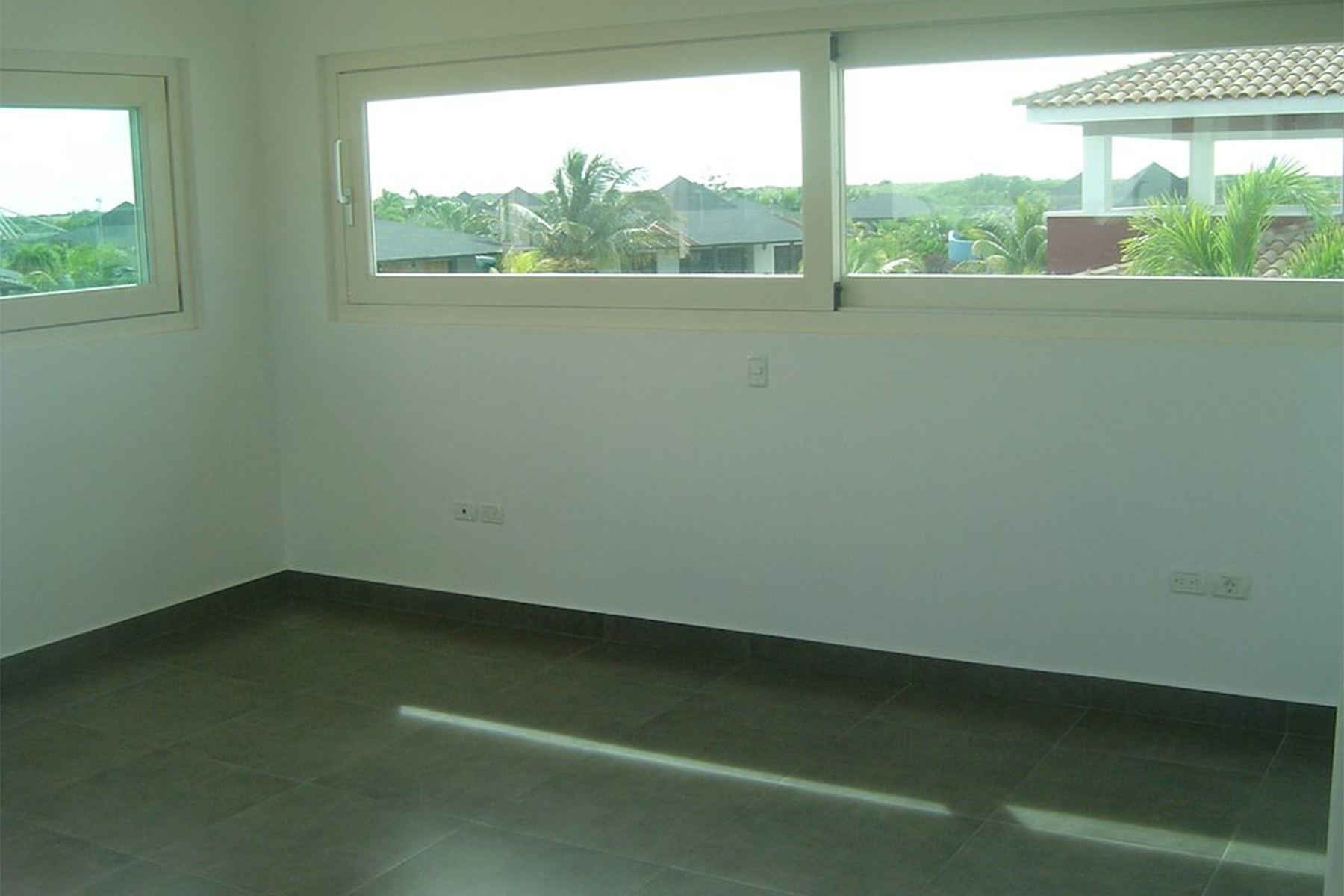 Additional photo for property listing at Villa Maca 克拉伦代,  博内尔