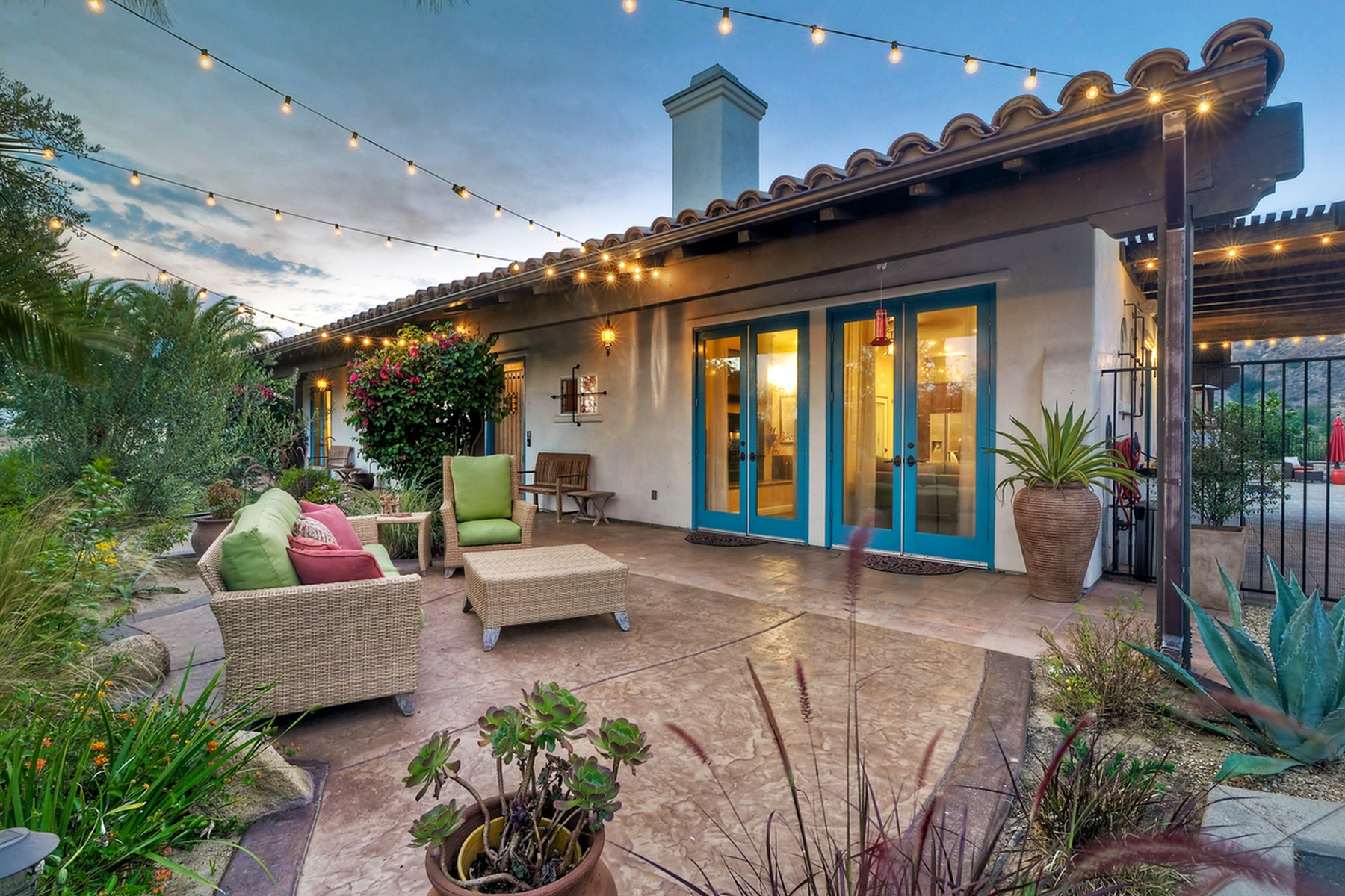 Casa Unifamiliar por un Venta en 43290 Cinco Arroyos Fallbrook, California 92028 Estados Unidos