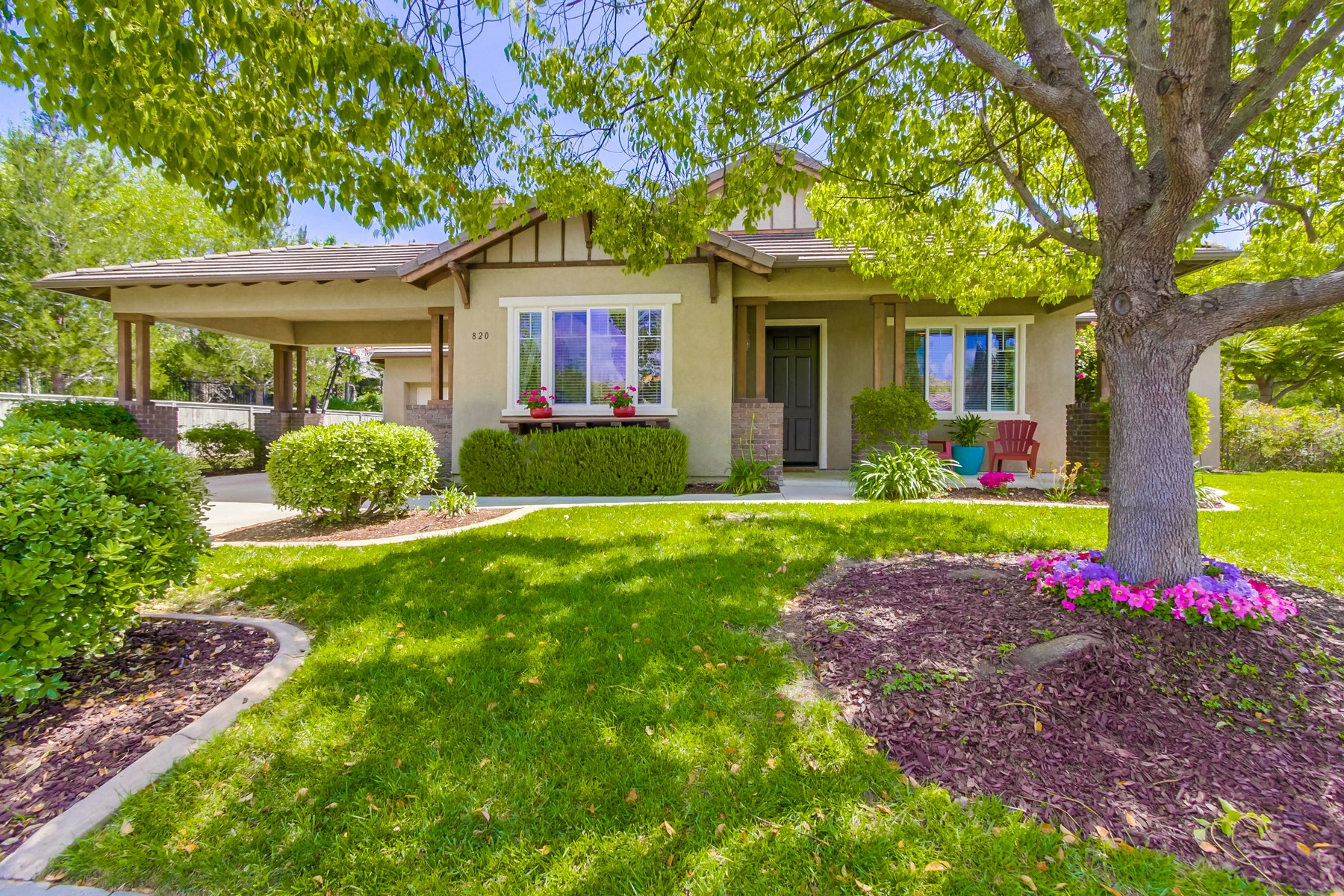 Casa para uma família para Venda às 820 Culloden Court Fallbrook, Califórnia, 92028 Estados Unidos