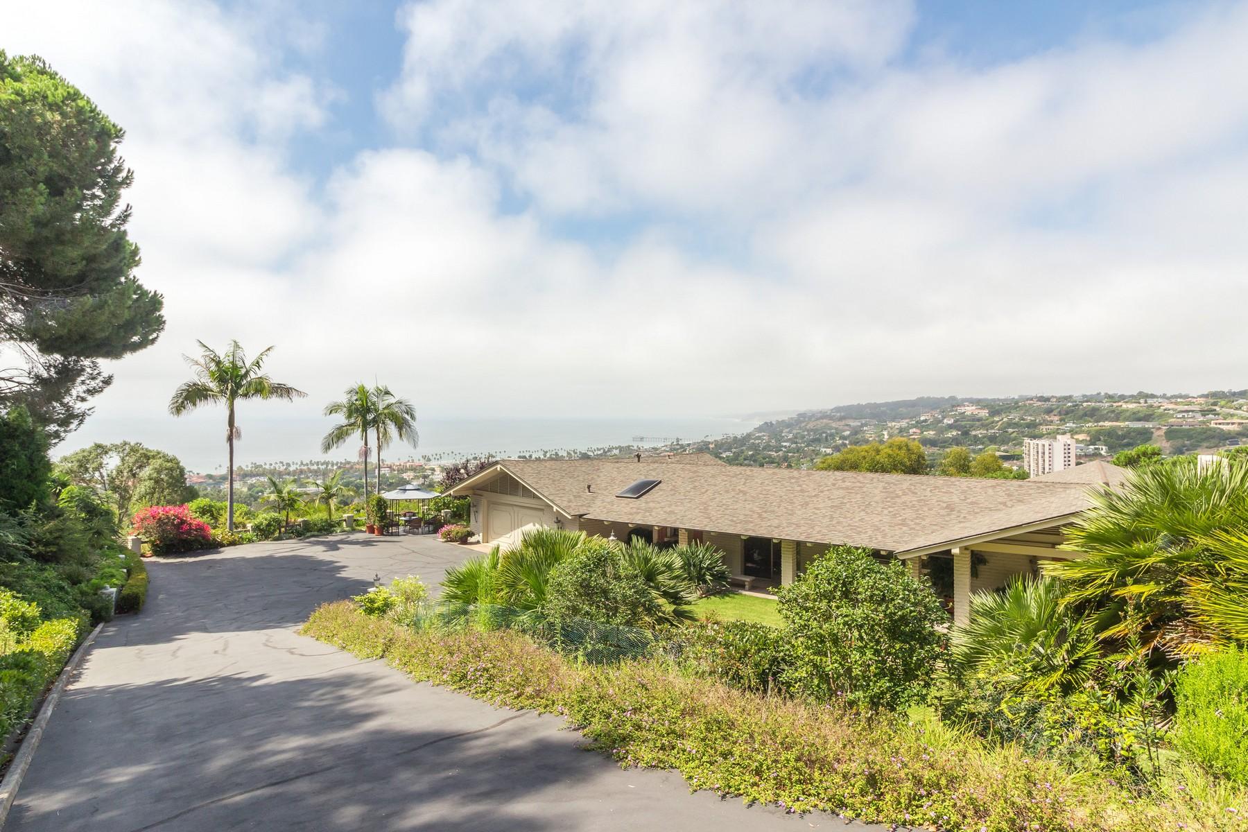 Casa Unifamiliar por un Venta en 2550 Via Barletta La Jolla, California, 92037 Estados Unidos