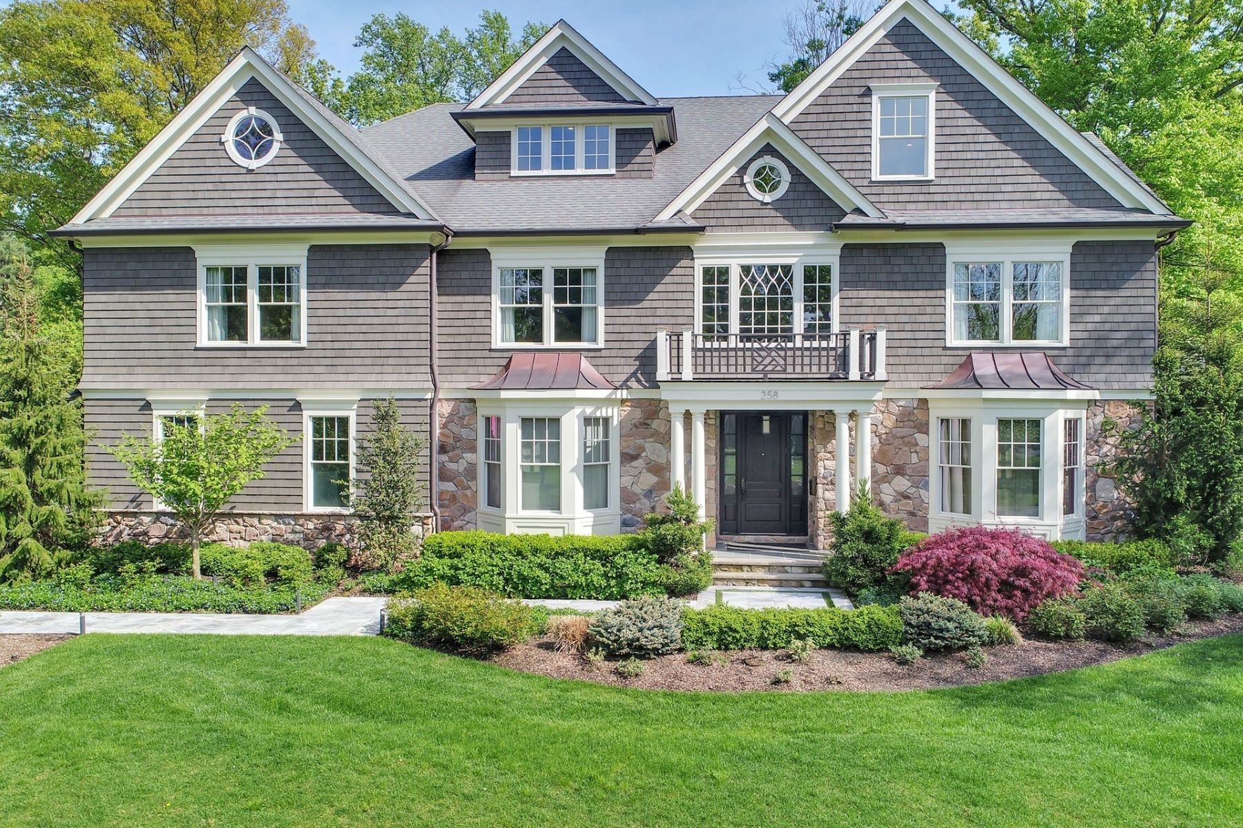 Single Family Home for Sale at Stylish Sensation 258 Long Hill Drive, Short Hills, New Jersey 07078 United States