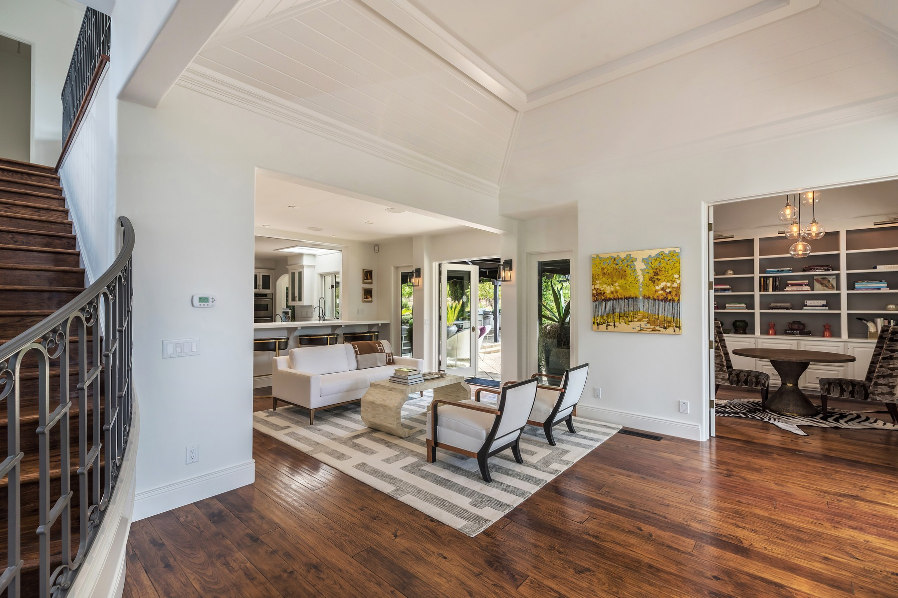 Additional photo for property listing at Timeless Elegance in Wine Country 4395 Pine Flat Road Healdsburg, California 95448 United States