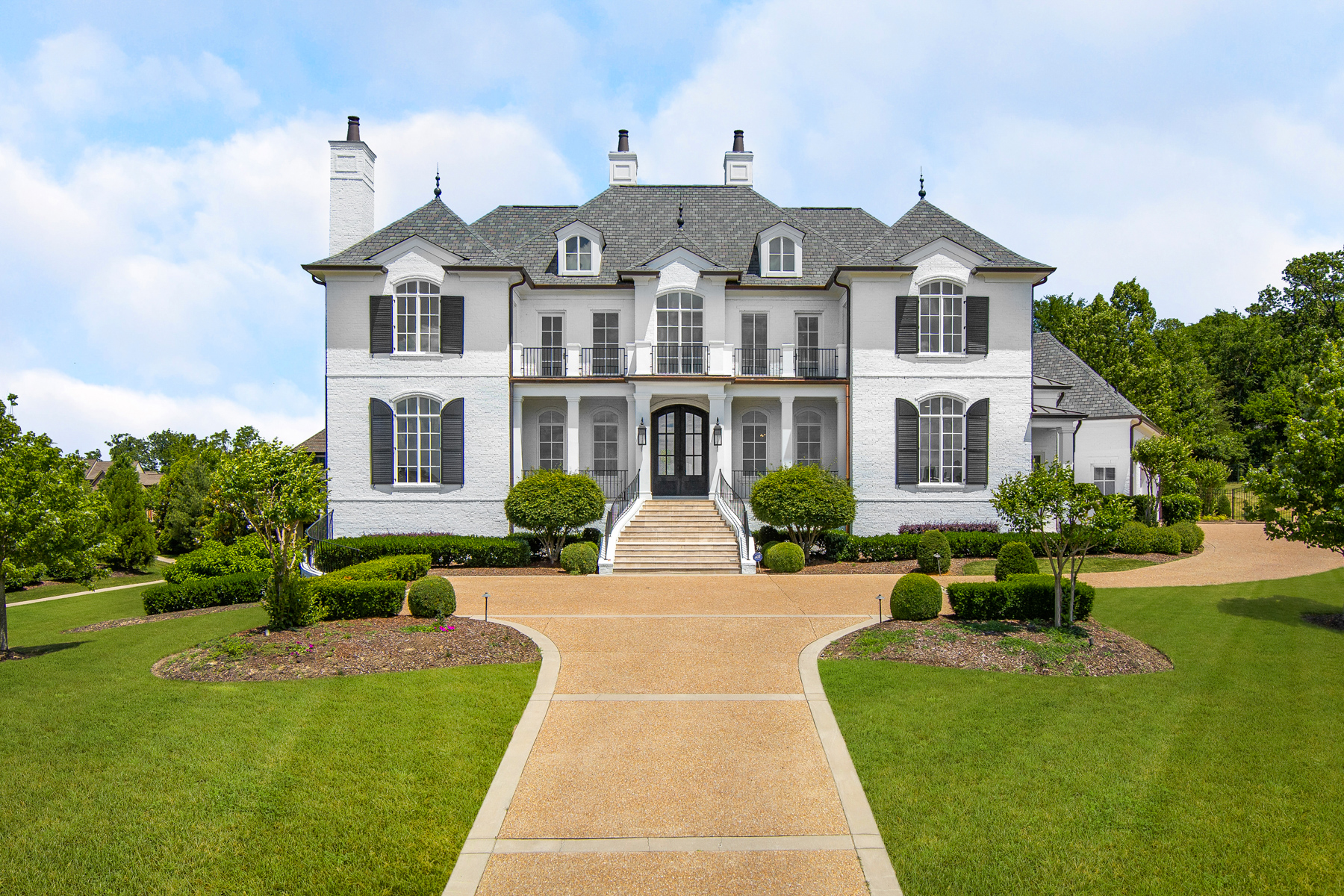 Single Family Homes vì Bán tại Designer's Masterpiece Near Nashville! 9273 Exton Lane, Brentwood, Tennessee 37027 Hoa Kỳ