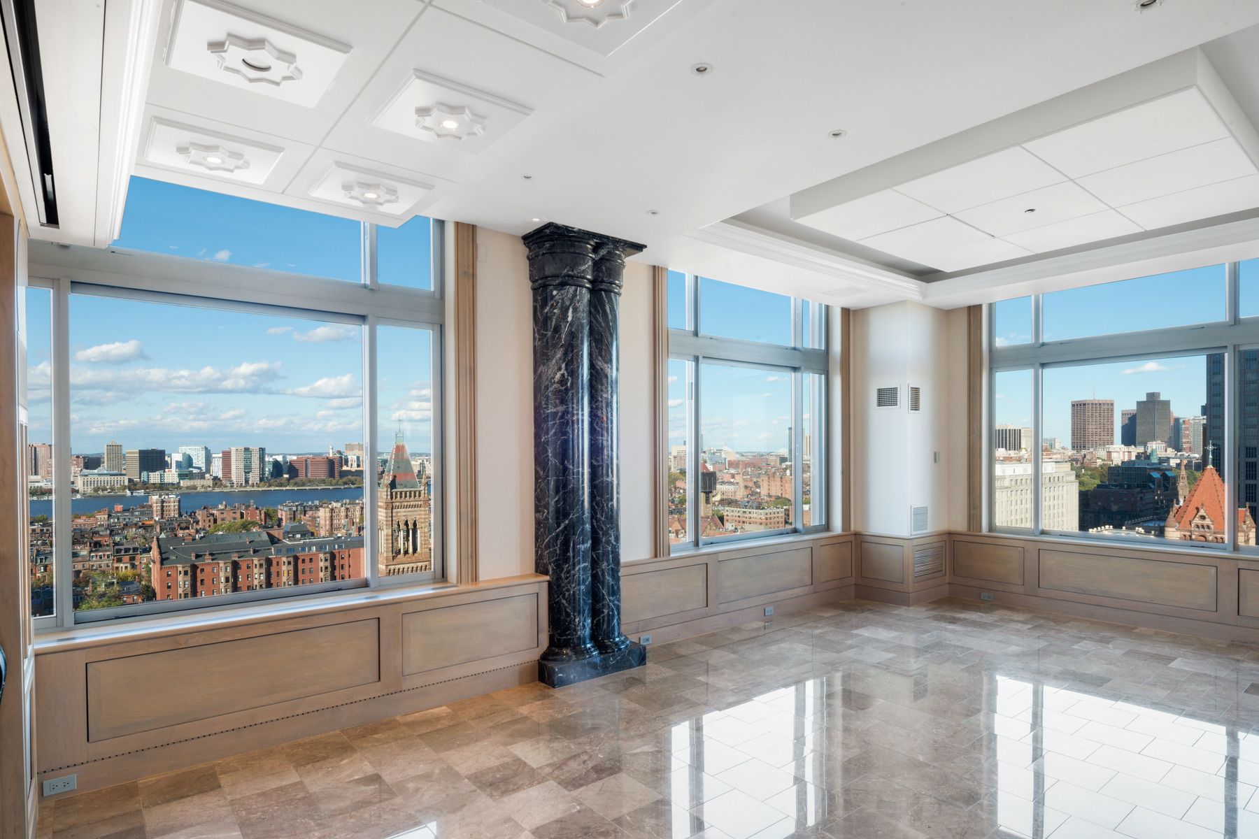 Appartement en copropriété pour l Vente à 1 Huntington Ave #PH1801 1 Huntington Ave #PH1801 Boston, Massachusetts 02116 États-Unis