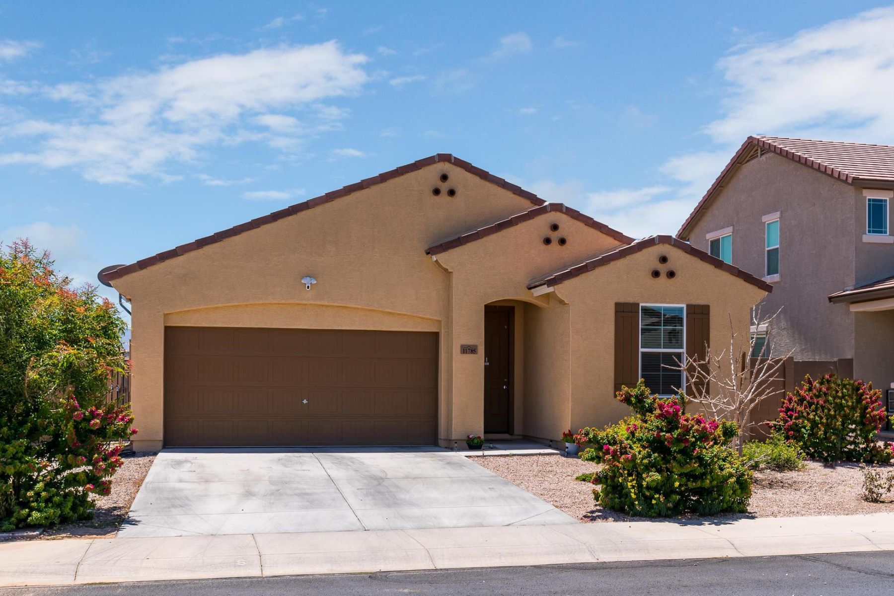 single family homes for Active at Del Rio Ranch 11785 W CHASE LN Avondale, Arizona 85323 United States