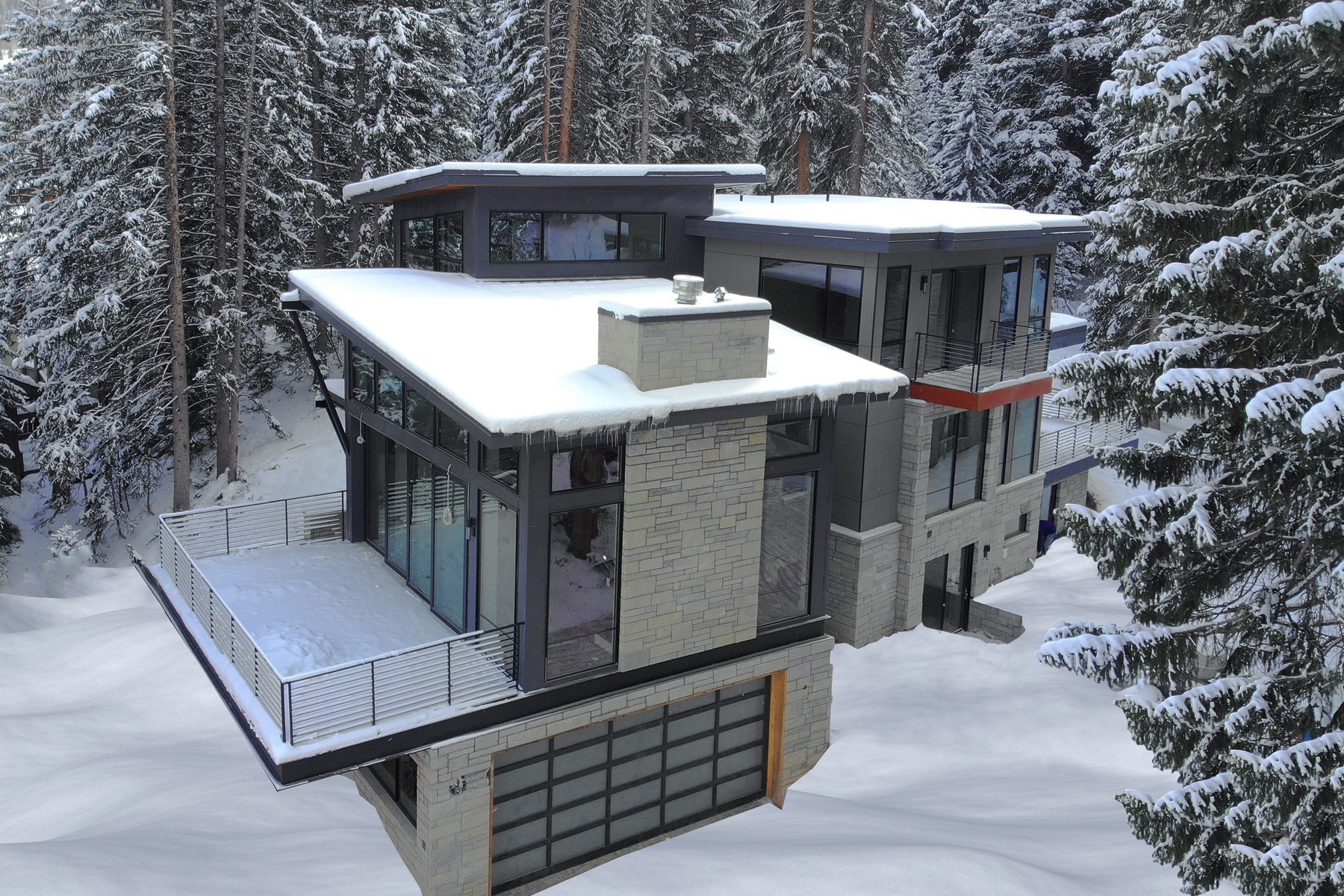 Single Family Homes for Active at One-of-a-kind luxury, mountain contemporary residence 4872 Meadow Lane Vail, Colorado 81657 United States