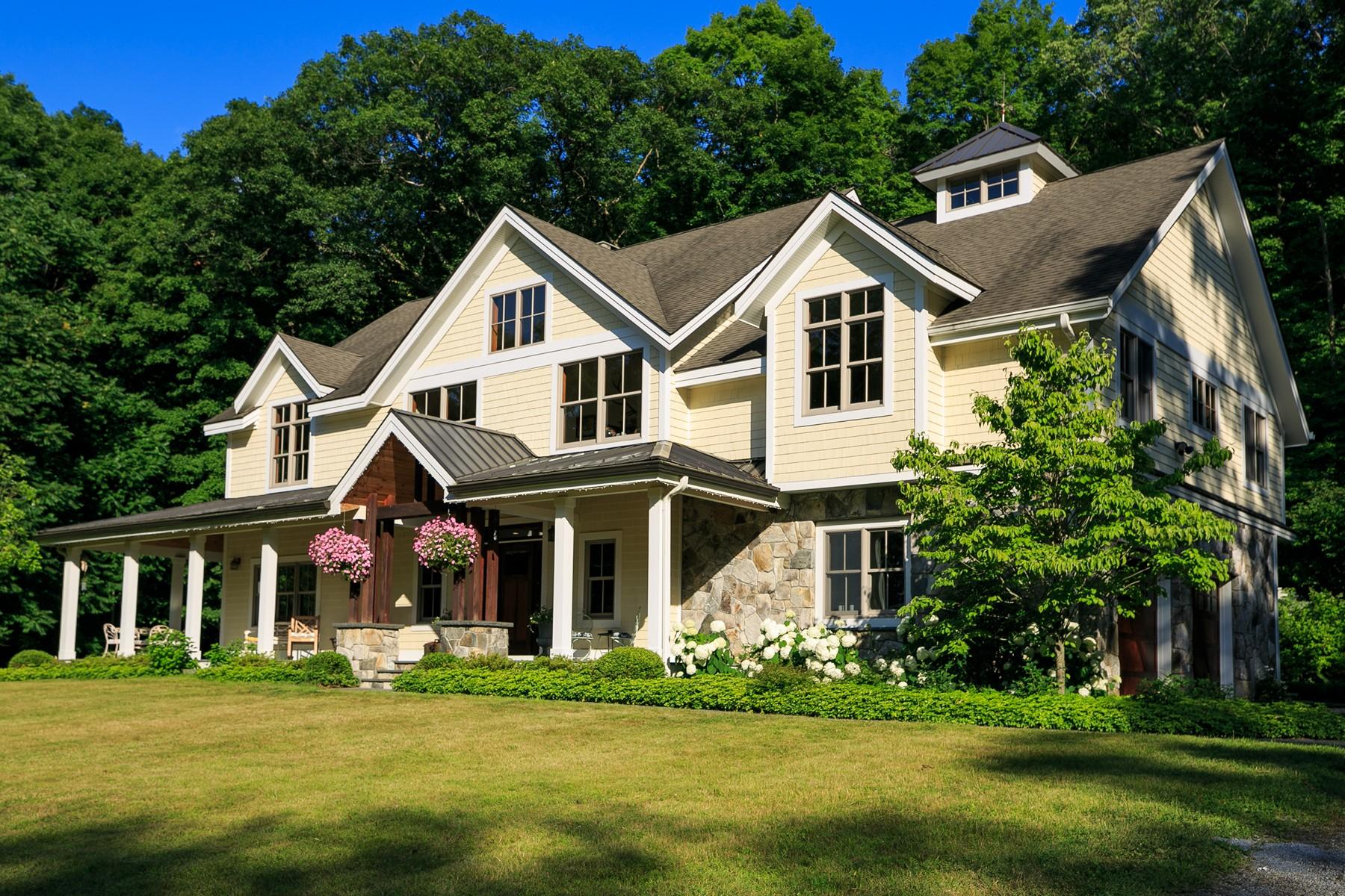 Частный односемейный дом для того Продажа на Farm to Table Living 115 Oscawana Heights Road Putnam Valley, Нью-Йорк 10579 Соединенные Штаты