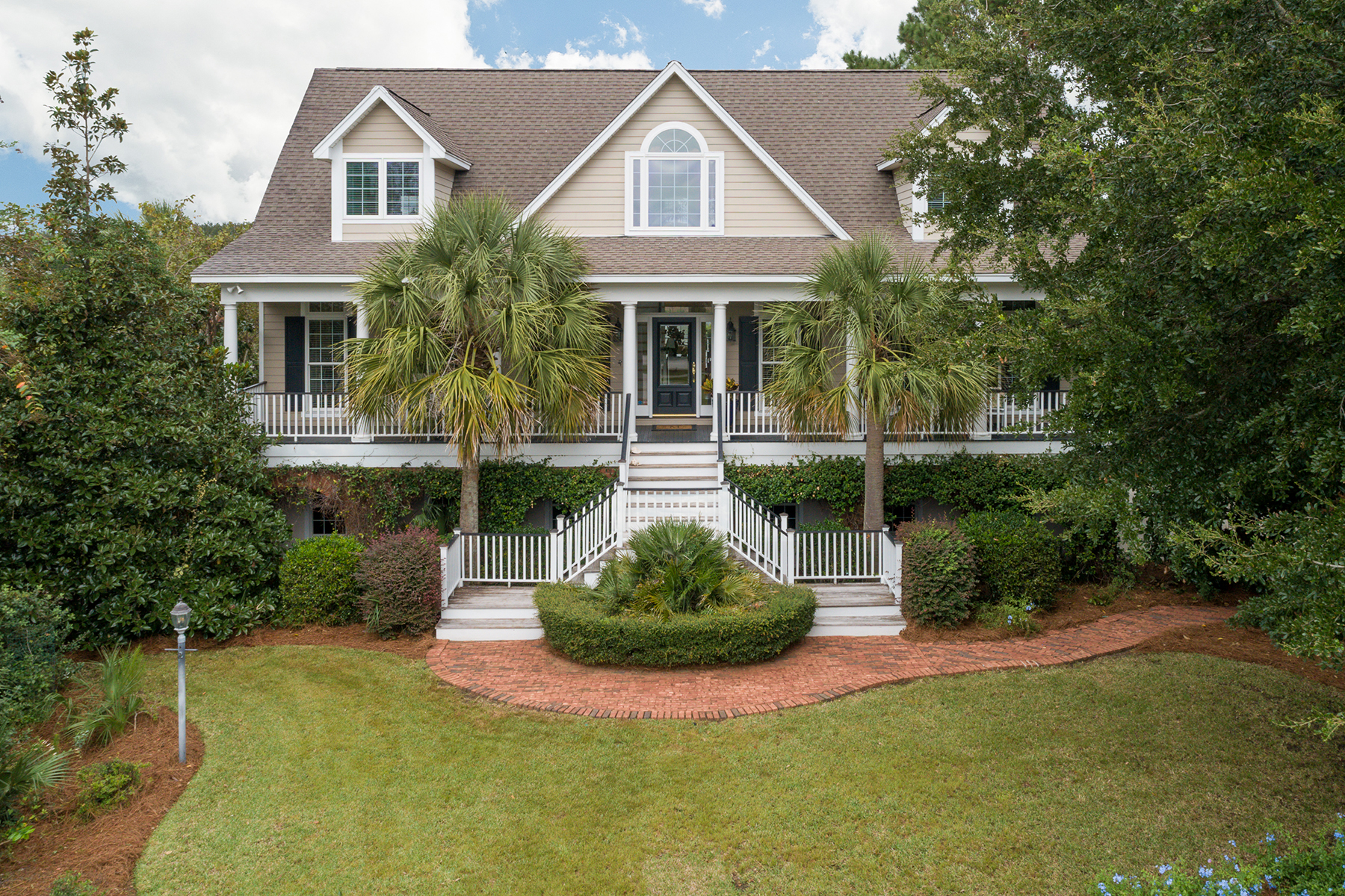 Single Family Homes for Sale at 4172 Victory Pointe Drive Mount Pleasant, South Carolina 29466 United States
