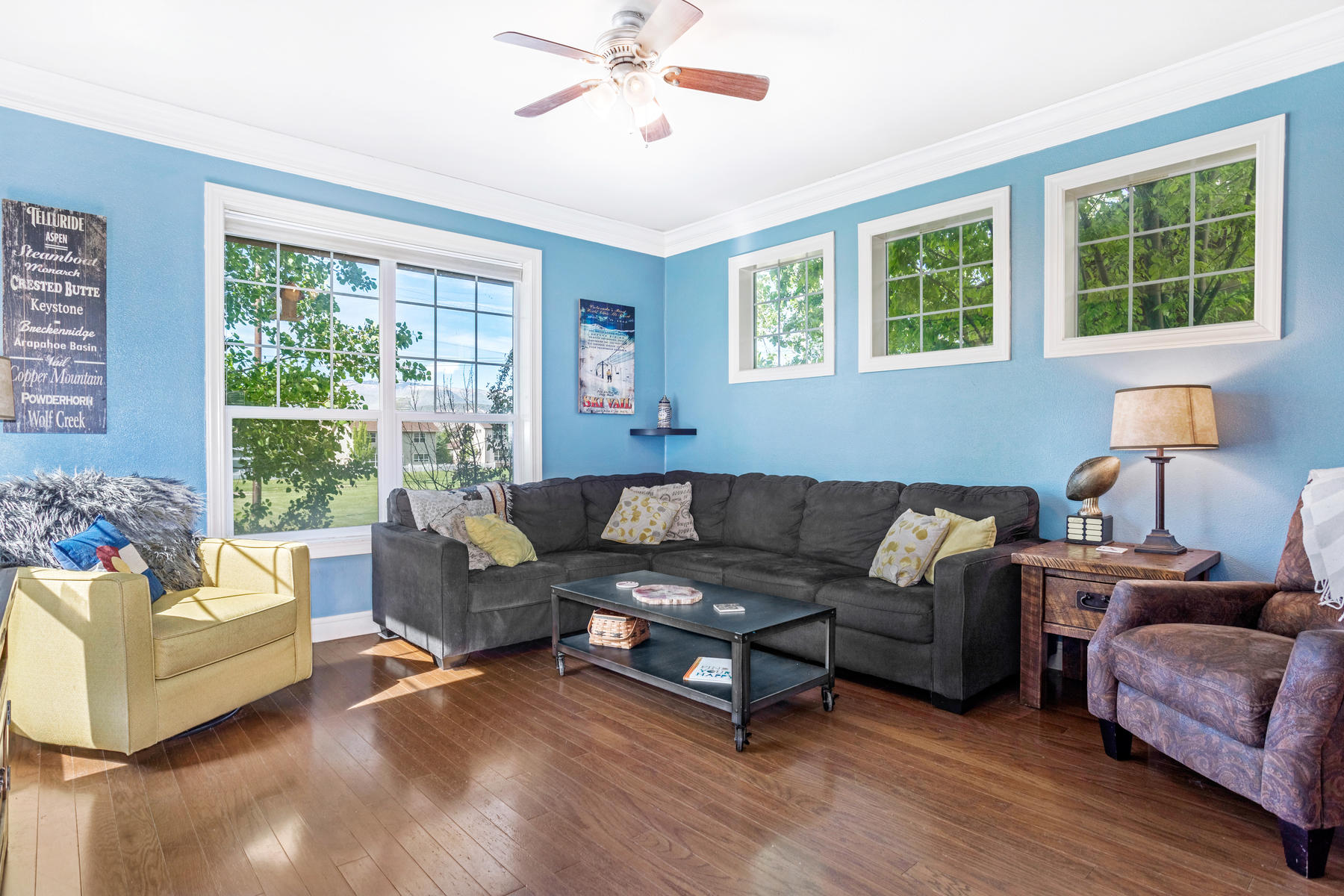Single Family Homes for Sale at Spacious single family with views of Castle Peak 44 Wolf Creek Drive Gypsum, Colorado 81637 United States