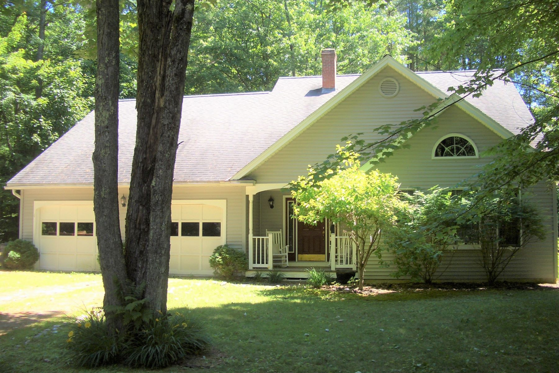 Single Family Home for Sale at Spring Wood Acres Contemporary Cape 177 Woodland Dr Pittsford, Vermont 05763 United States