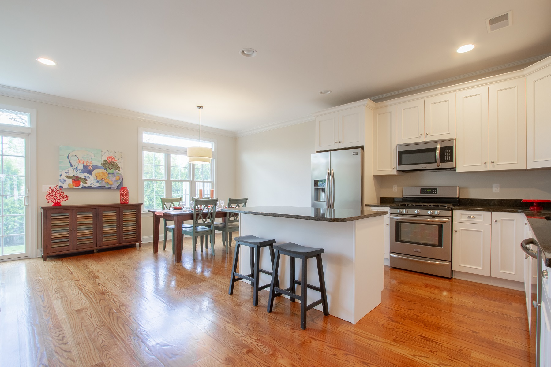 Additional photo for property listing at Victorian Gardens 5 Victorian Court West Long Branch, New Jersey 07764 United States