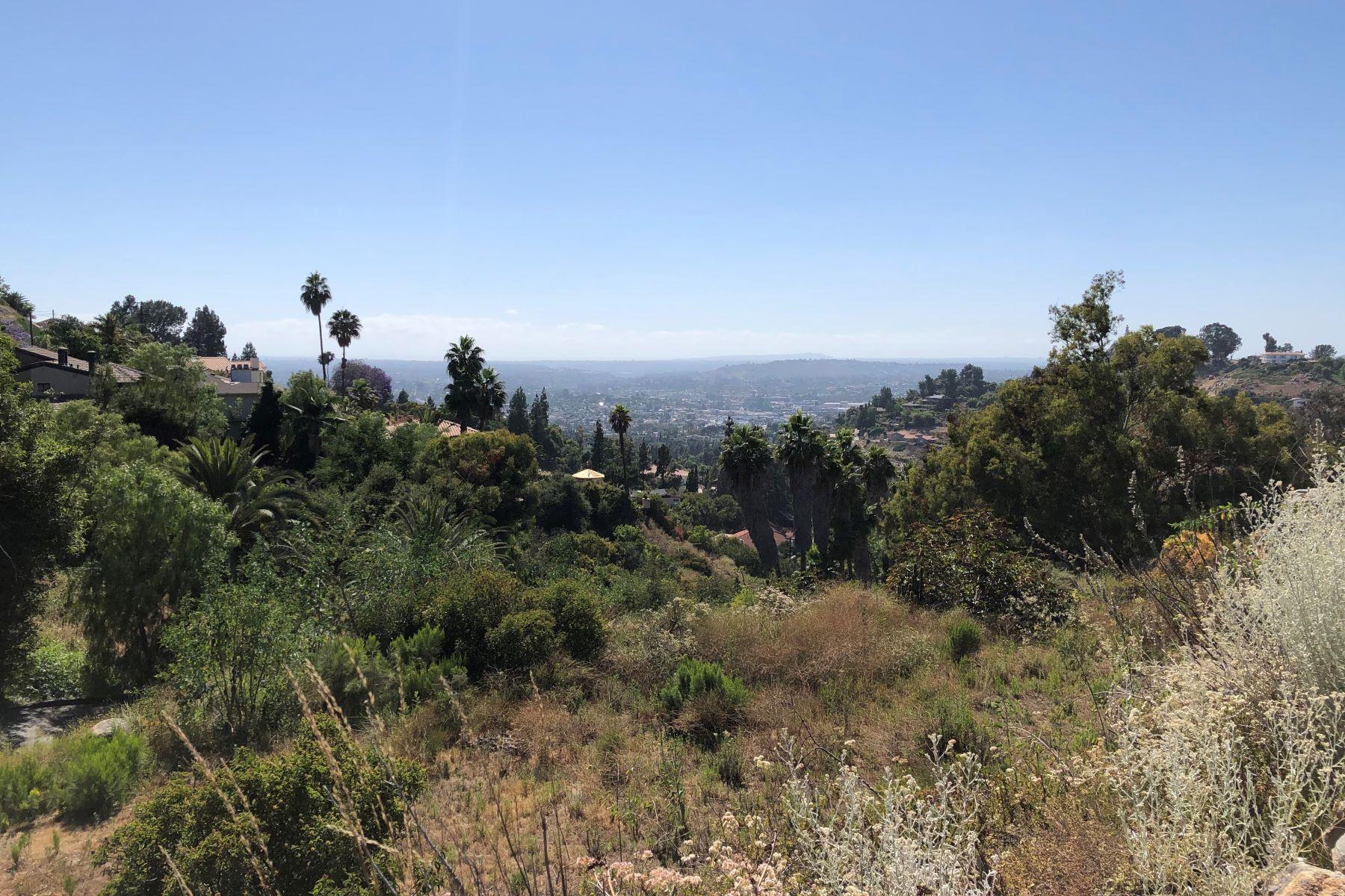 Terreno para Venda às Build Your Dream Home and Enjoy the Breezes & Gorgeous Views 4788 Via Opal, La Mesa, Califórnia 91941 Estados Unidos