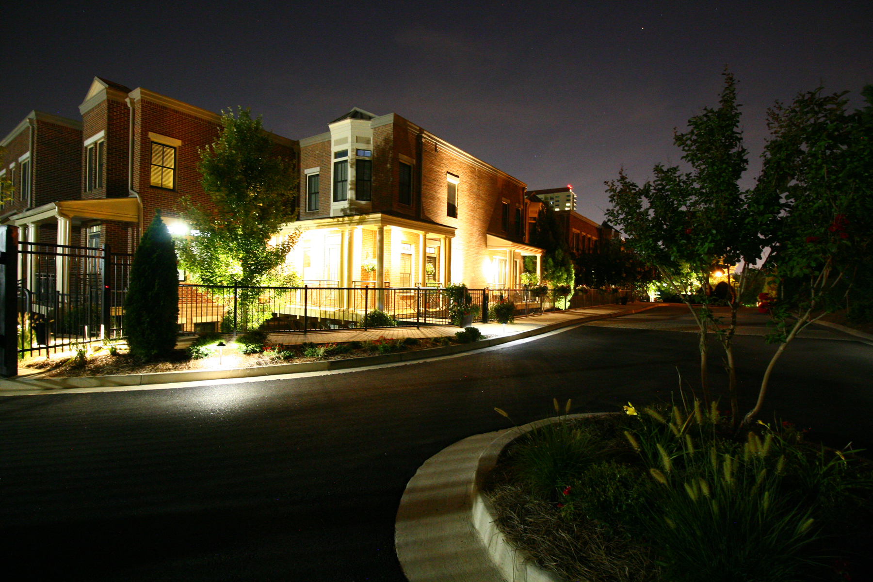 Residência urbana para Venda às Outstanding Townhome In The Best Perimeter/Dunwoody Location 4664 Magnolia Commons Dunwoody, Geórgia, 30338 Estados Unidos