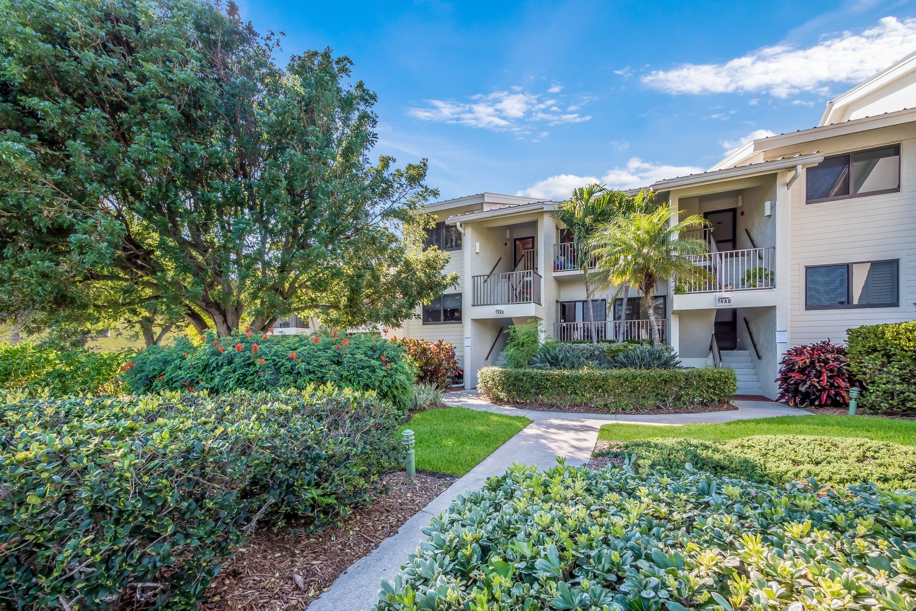 Single Family Home for Sale at 5000 Gasparilla Road 73B 5000 Gasparilla Road Tennis Villa 73B, Boca Grande, Florida, 33921 United States