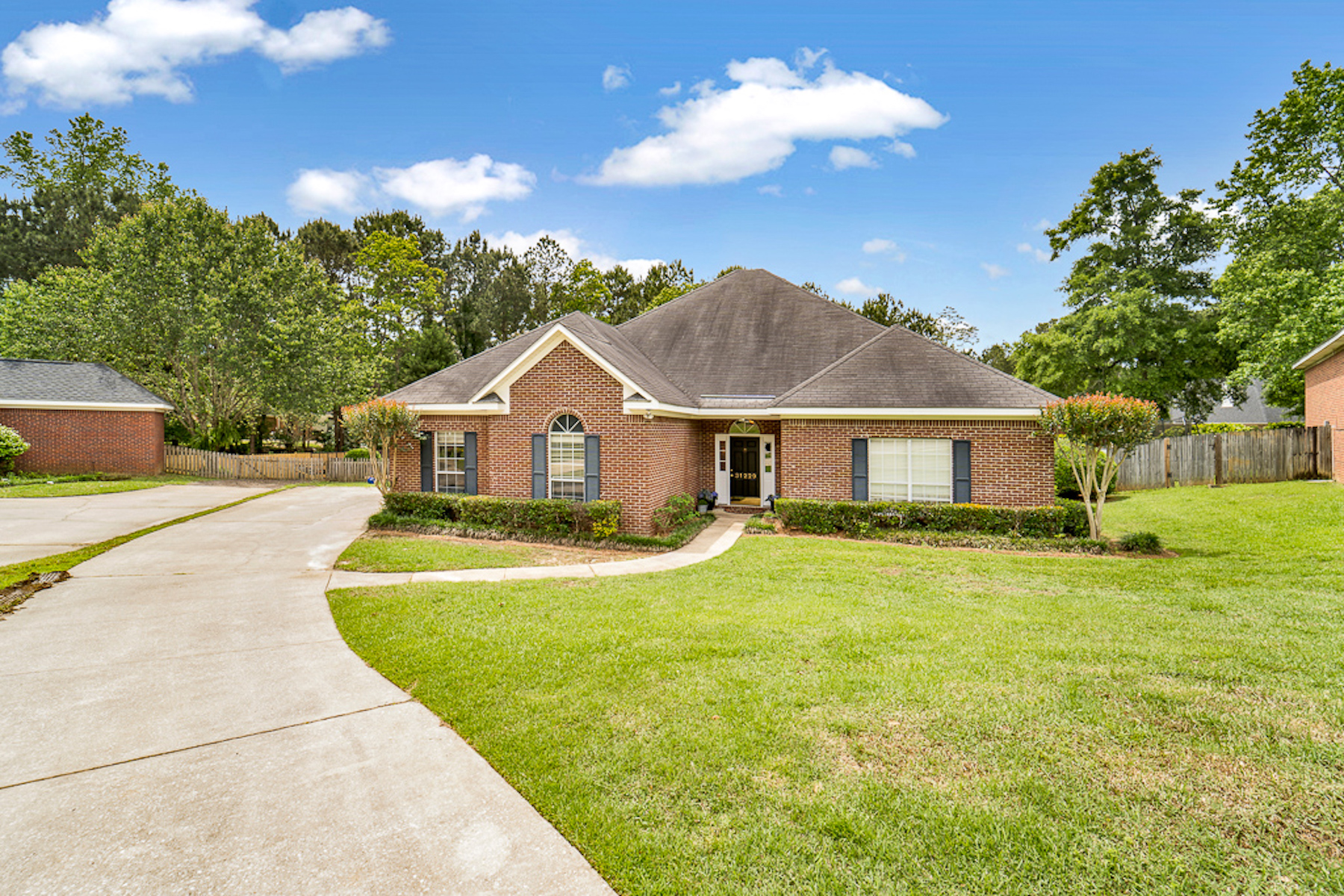 Single Family Home for Active at 31229 Live Oak Court Spanish Fort, Alabama 36527 United States