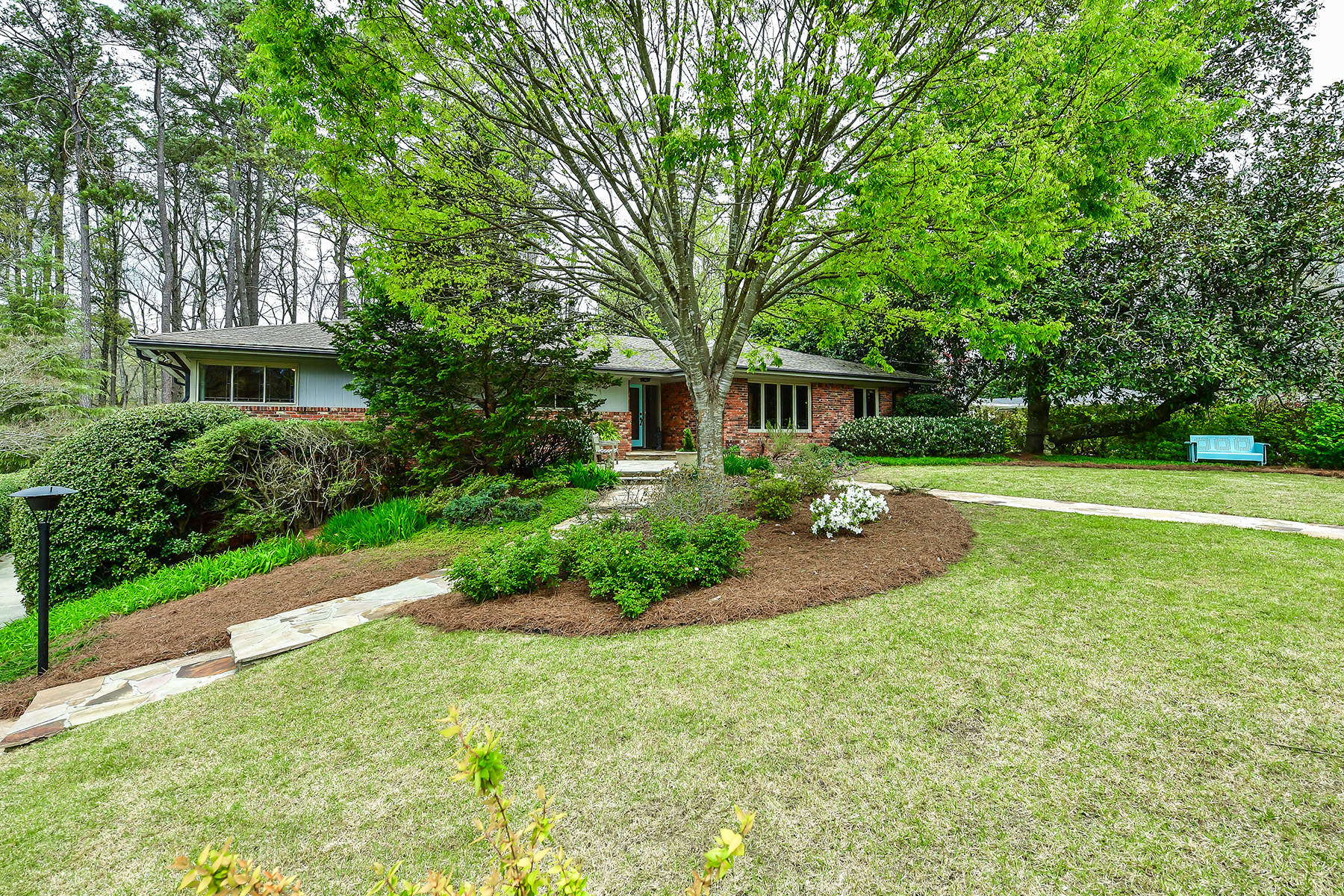 Single Family Home for Sale at Mid-Century Modern on Morningside Cul-de-sac 1054 Robin Ln Atlanta, Georgia 30306 United States