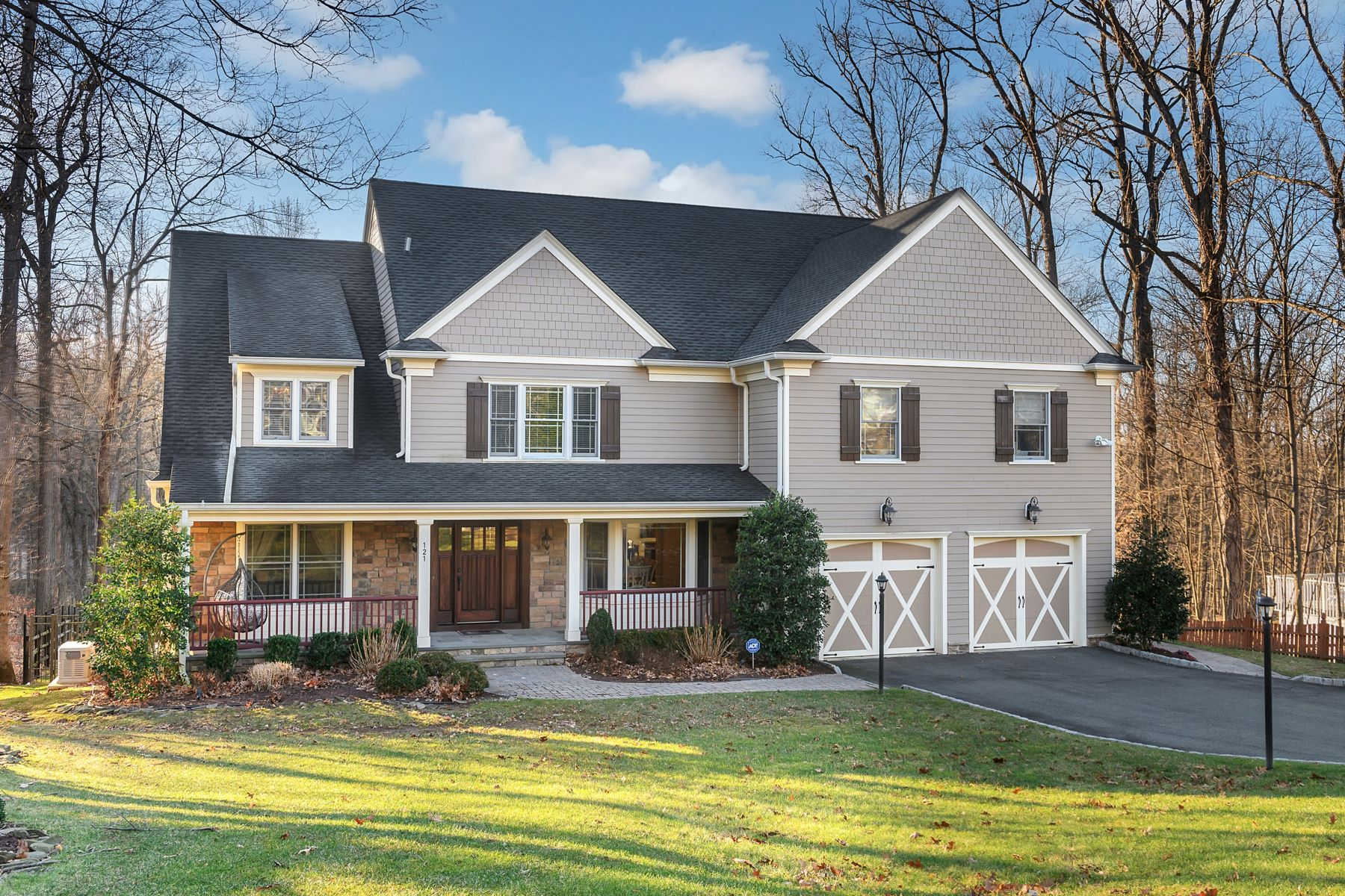 Single Family Homes for Sale at Elegant and Sophisticated Custom Colonial 121 Dogwood Lane, Berkeley Heights, New Jersey 07922 United States