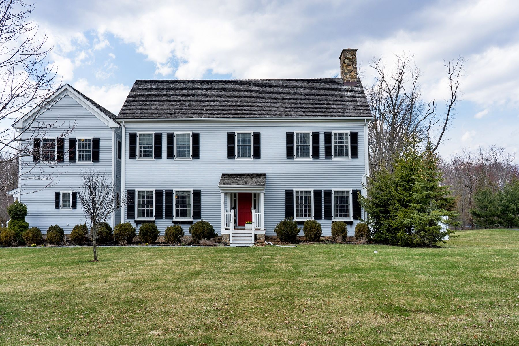 Single Family Home for Sale at Stunning New England Colonial 6 Laurel Court, Basking Ridge, New Jersey 07920 United States