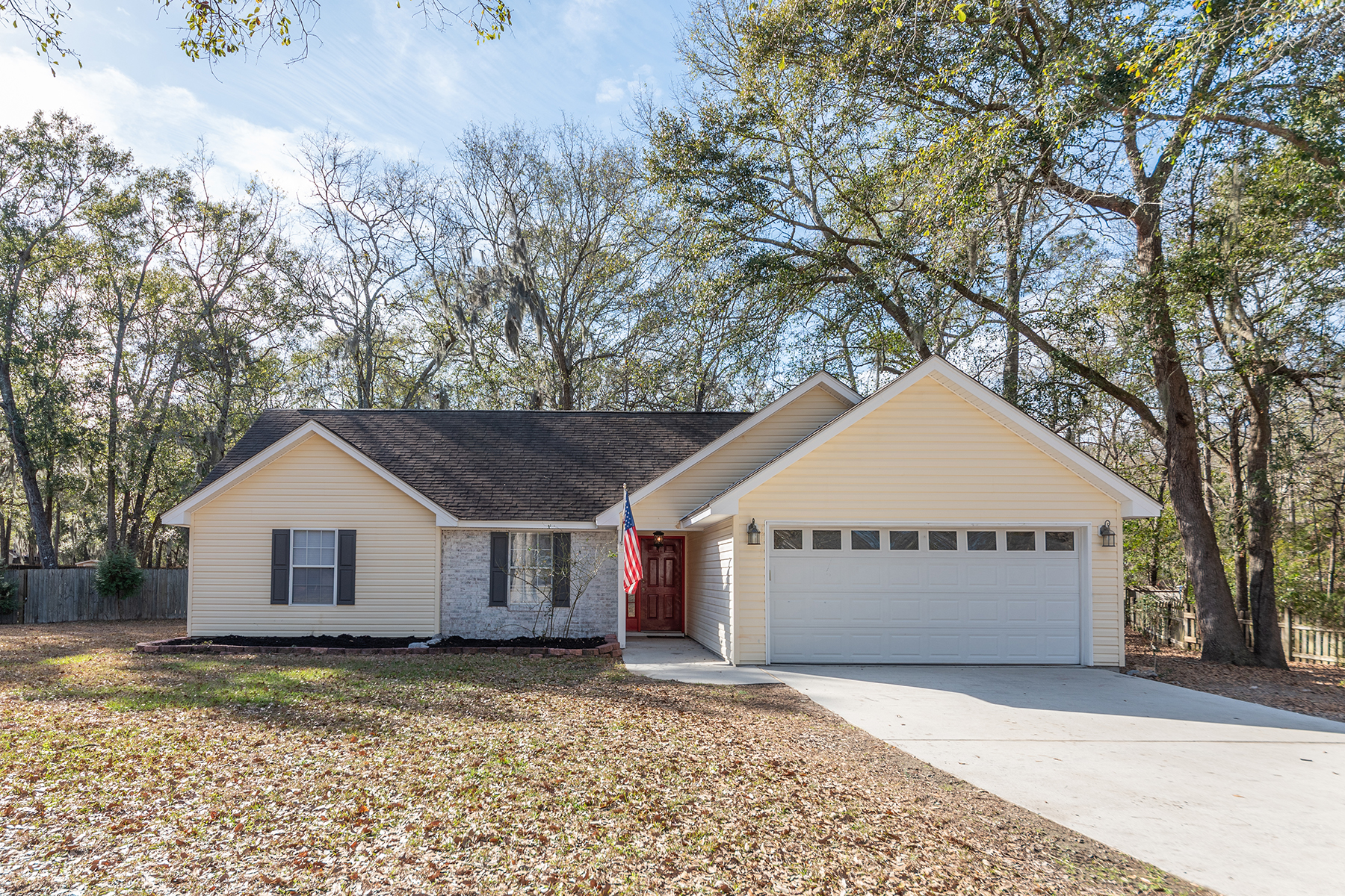 Single Family Homes for Active at 8 Purdy Way Beaufort, South Carolina 29907 United States