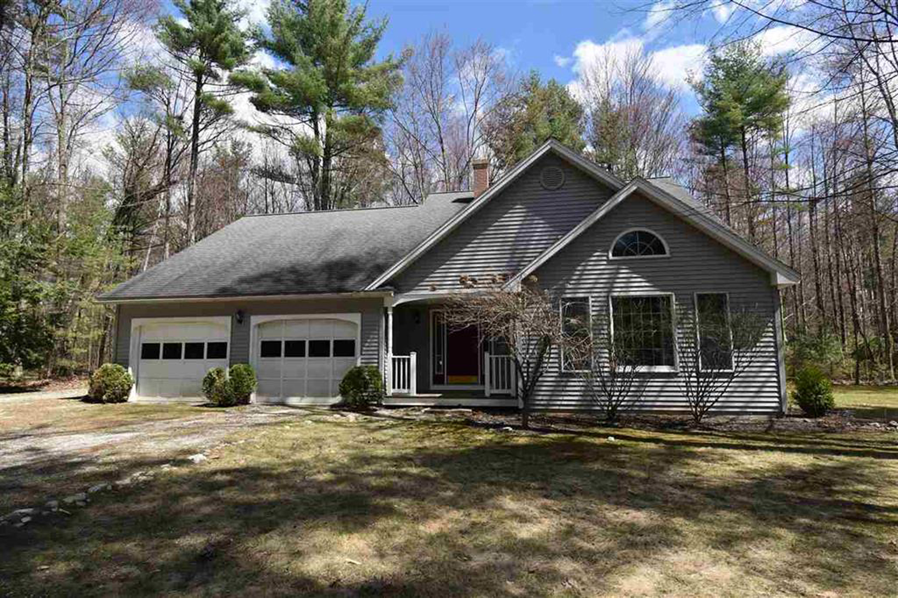 Single Family Homes for Sale at Spring Wood Acres Contemporary Cape 177 Woodland Dr Pittsford, Vermont 05763 United States