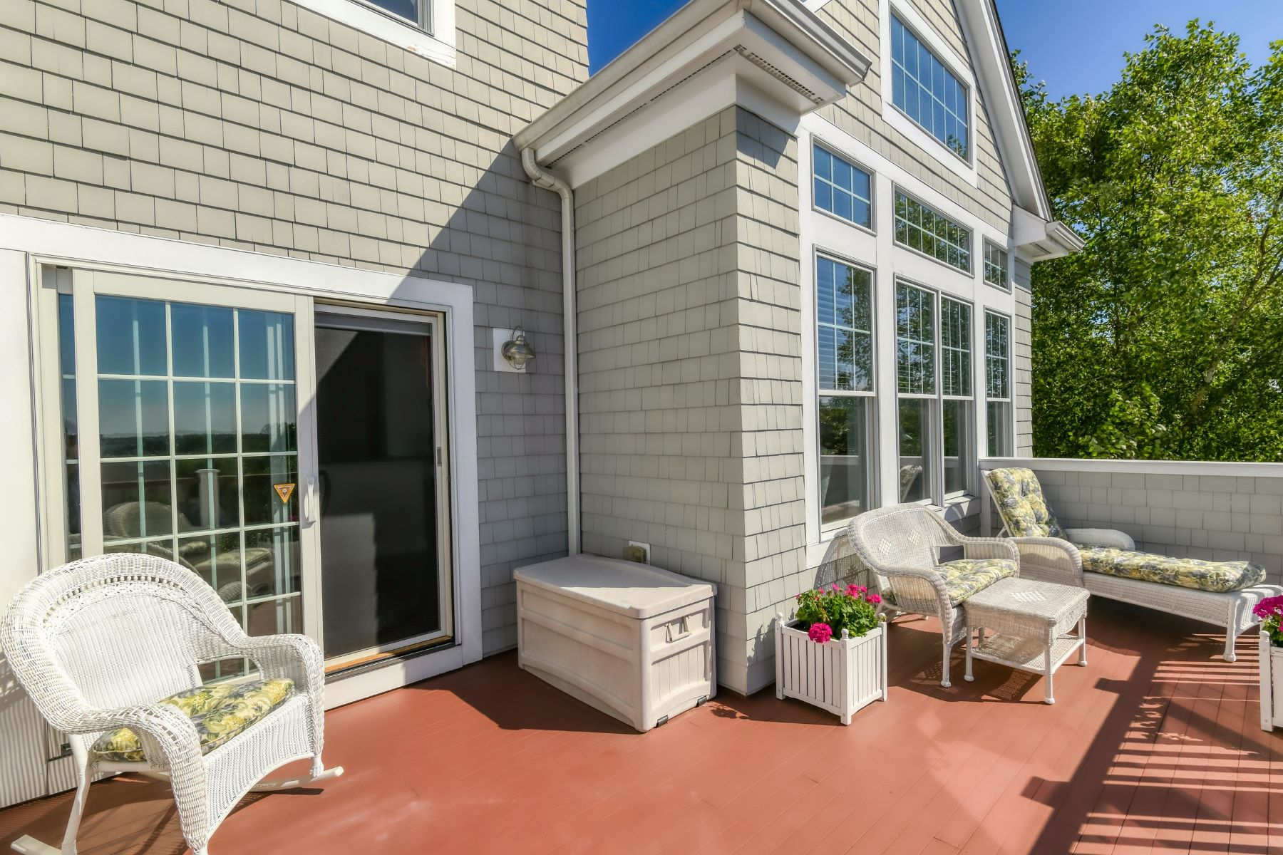 Additional photo for property listing at The Sakonnet at the Villages at Mount Hope Bay 343 Village Road Tiverton, Rhode Island 02878 United States