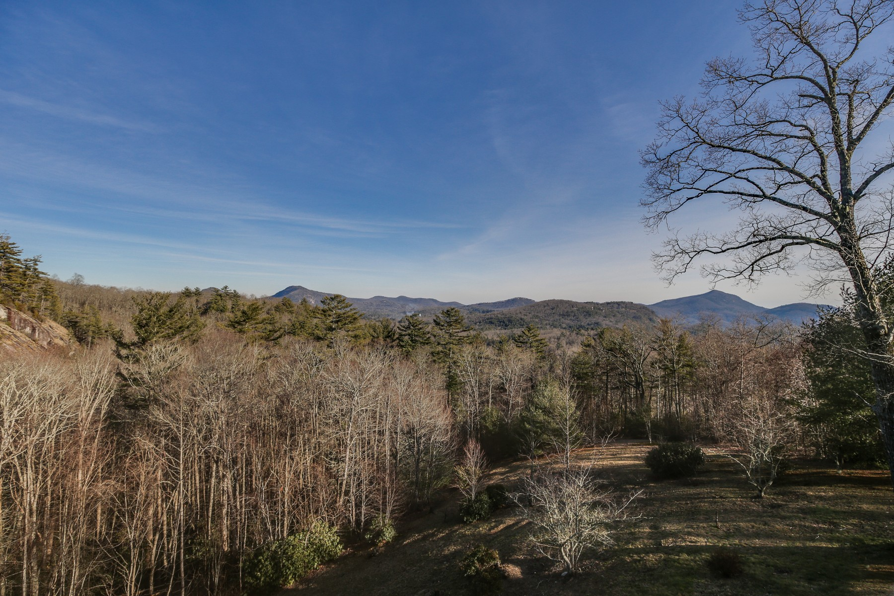 Single Family Homes for Sale at 260 Cliff Ridge Cashiers, North Carolina 28717 United States