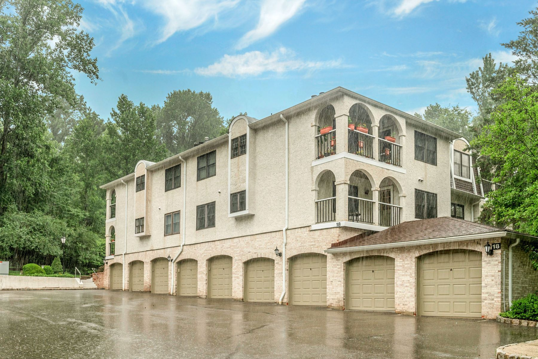 Condominiums for Active at Turnkey 18 Heritage Drive, Unit C Chatham, New Jersey 07928 United States