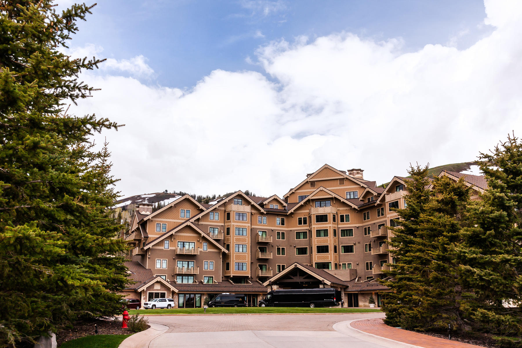Condominiums for Sale at Secluded Top Floor Montage Residence 9100 Marsac Ave #1005 Park City, Utah 84060 United States