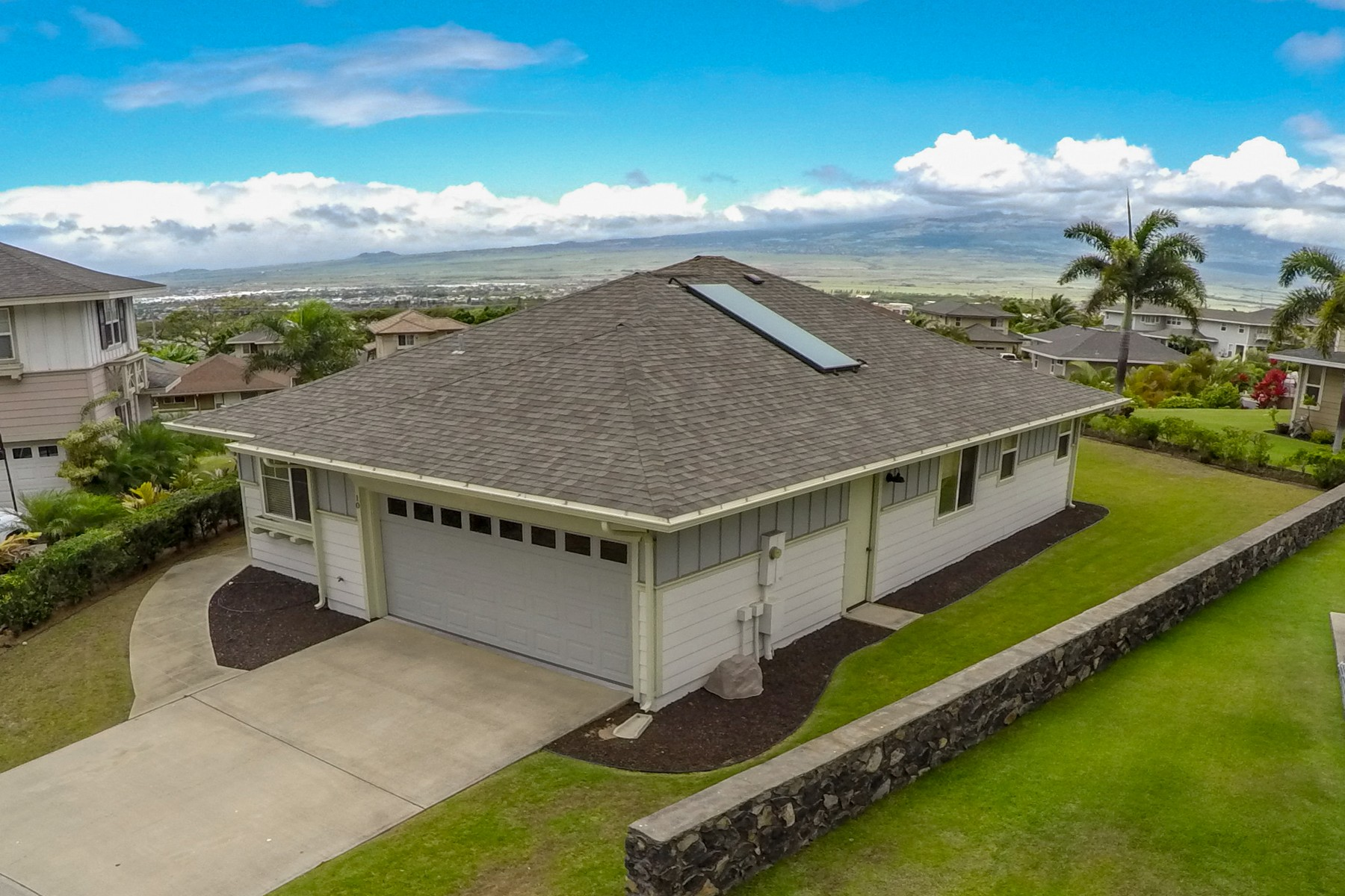 Single Family Home for Sale at Single Level-Central Maui-Ocean View 10 Nanakula Place Wailuku, Hawaii 96793 United States