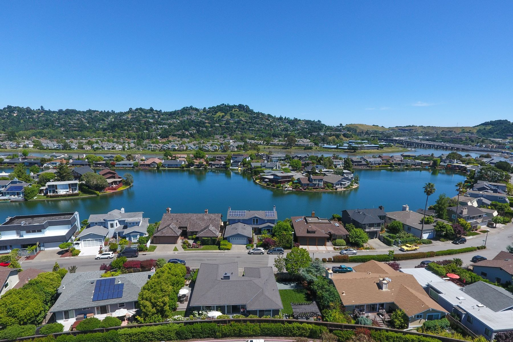 Single Family Home for Sale at Lovely View Home in Larkspur Marina 84 Via La Brisa Larkspur, California 94939 United States