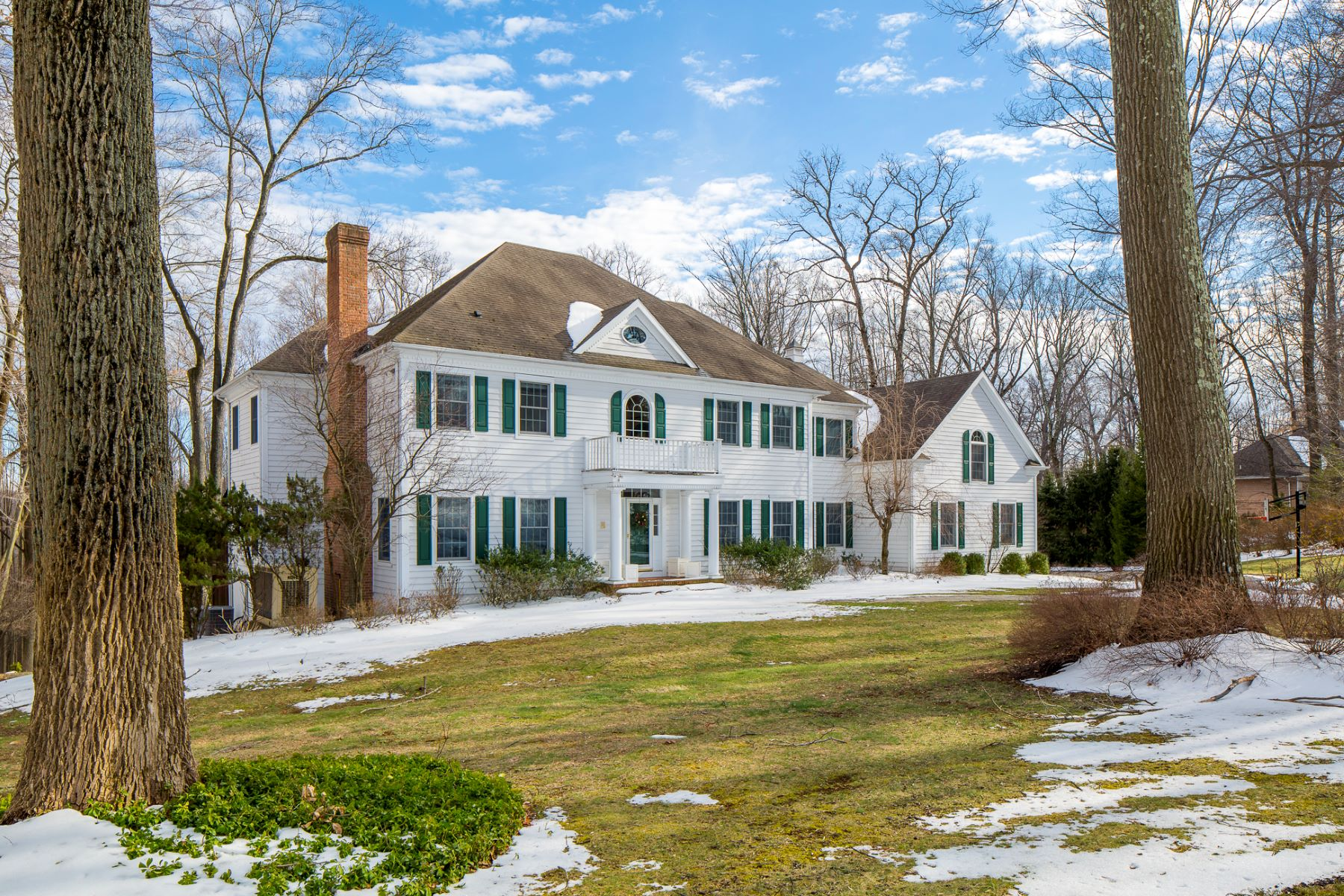 Частный односемейный дом для того Продажа на This High-End Home Checks Every Box - Hopewell Township 19 Harbourton Ridge Drive Pennington, 08534 Соединенные Штаты
