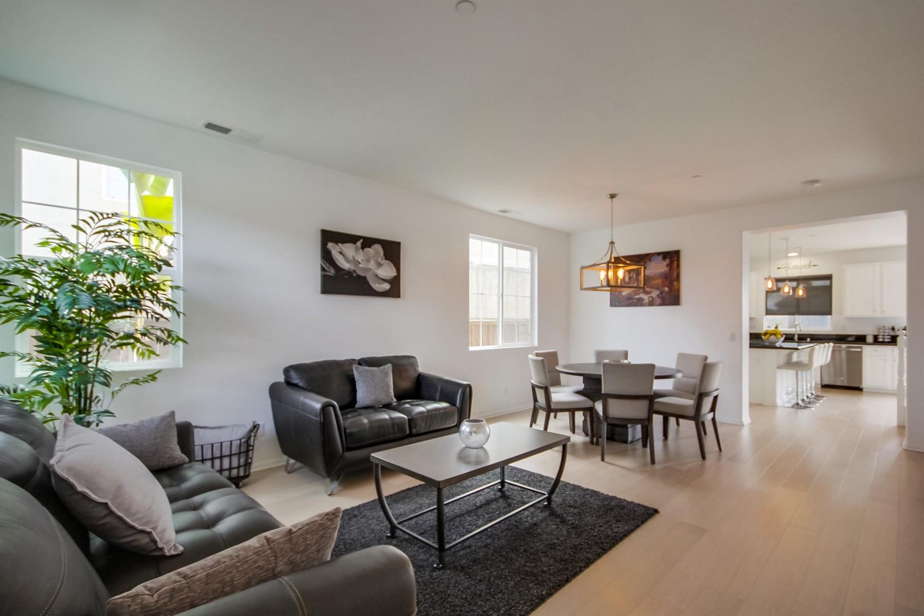 Single Family Homes para Venda às 1808 Jackson Street Chula Vista, Califórnia 91913 Estados Unidos
