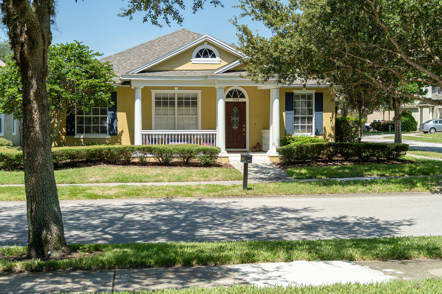 Single Family Homes por un Venta en WINDERMERE-ORLANDO 7006 Mapperton Dr, Windermere, Florida 34786 Estados Unidos