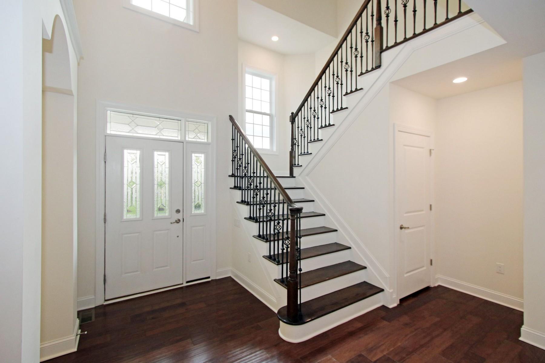联栋屋 为 销售 在 7 Edward Farm Lane, Tinton Falls 7 Edwards Farm Lane 伊顿敦, 新泽西州 07724 美国